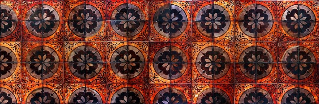 Cadastre   Sơn ta on iron,  75 tiles,20 x 20cm/ tile, 3m x 1m x 0,8m   Hà Nội, 2009