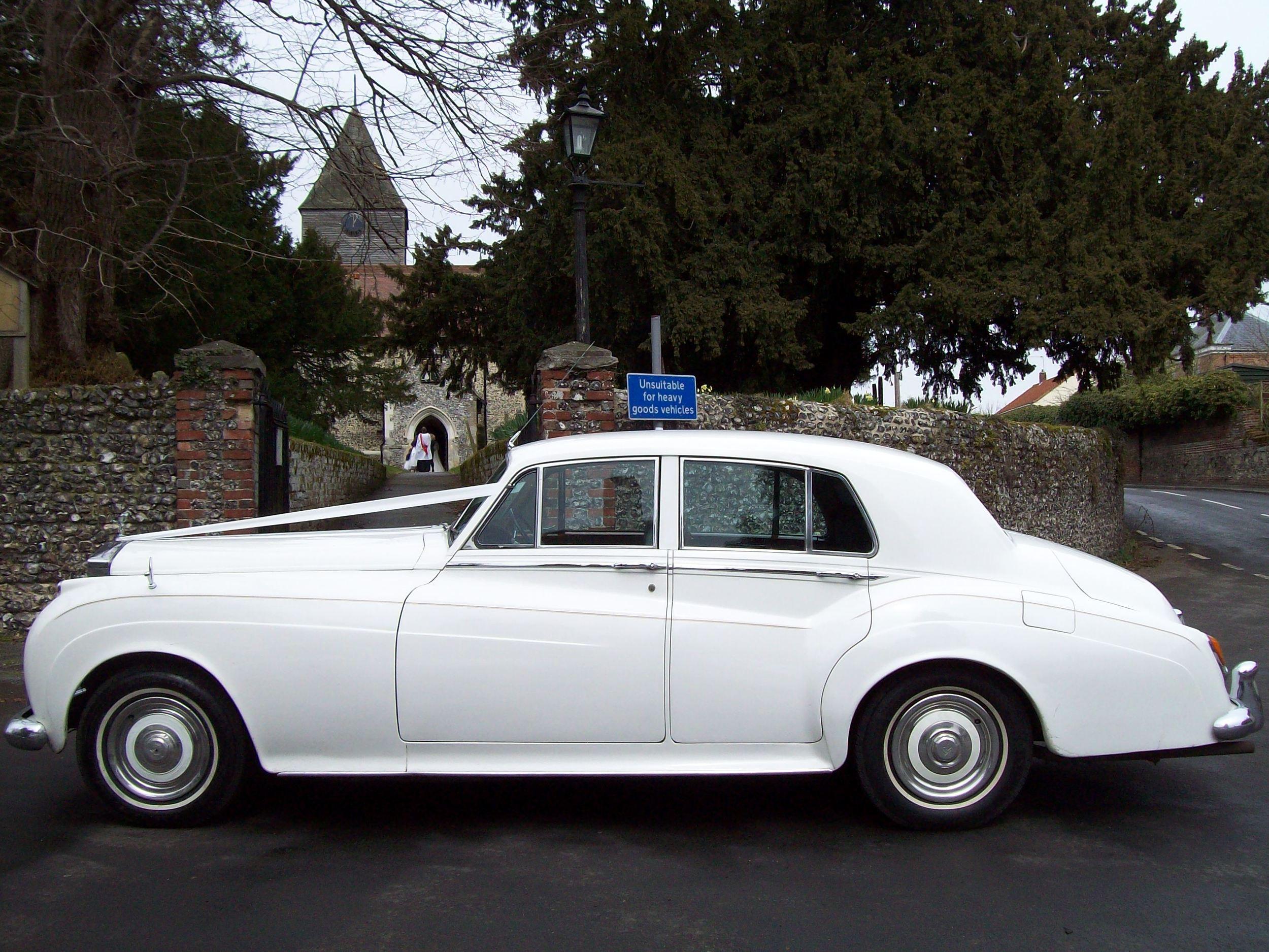 White Rolls Royce Silver Cloud