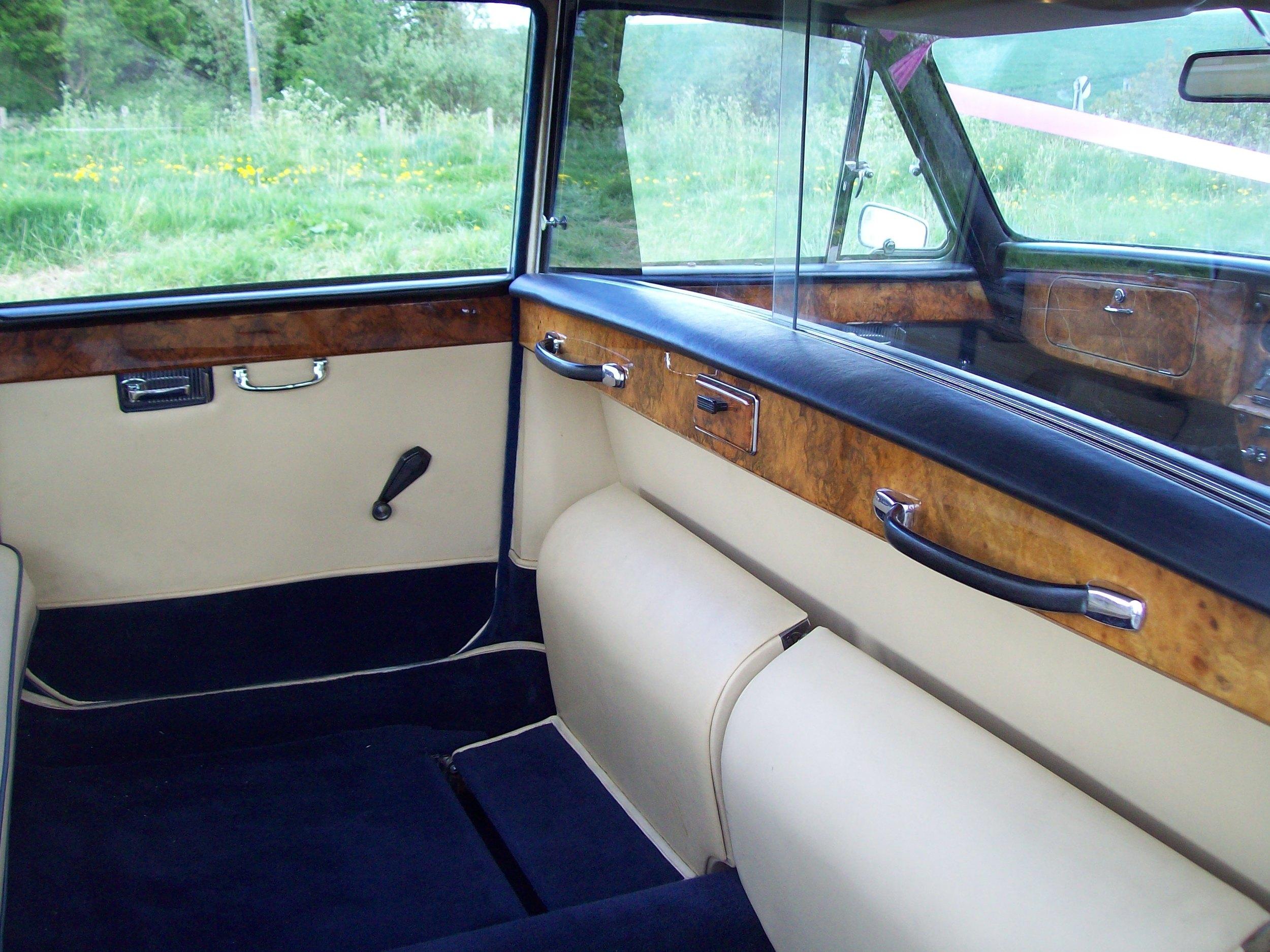 Daimler Limousine Medway