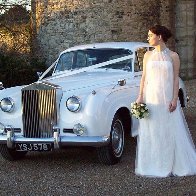 Choose a white Rolls Royce Silver Cloud for your wedding. #kentwedding #kentbride #weddingblog #weddingideas #weddingphotographer #weddingday