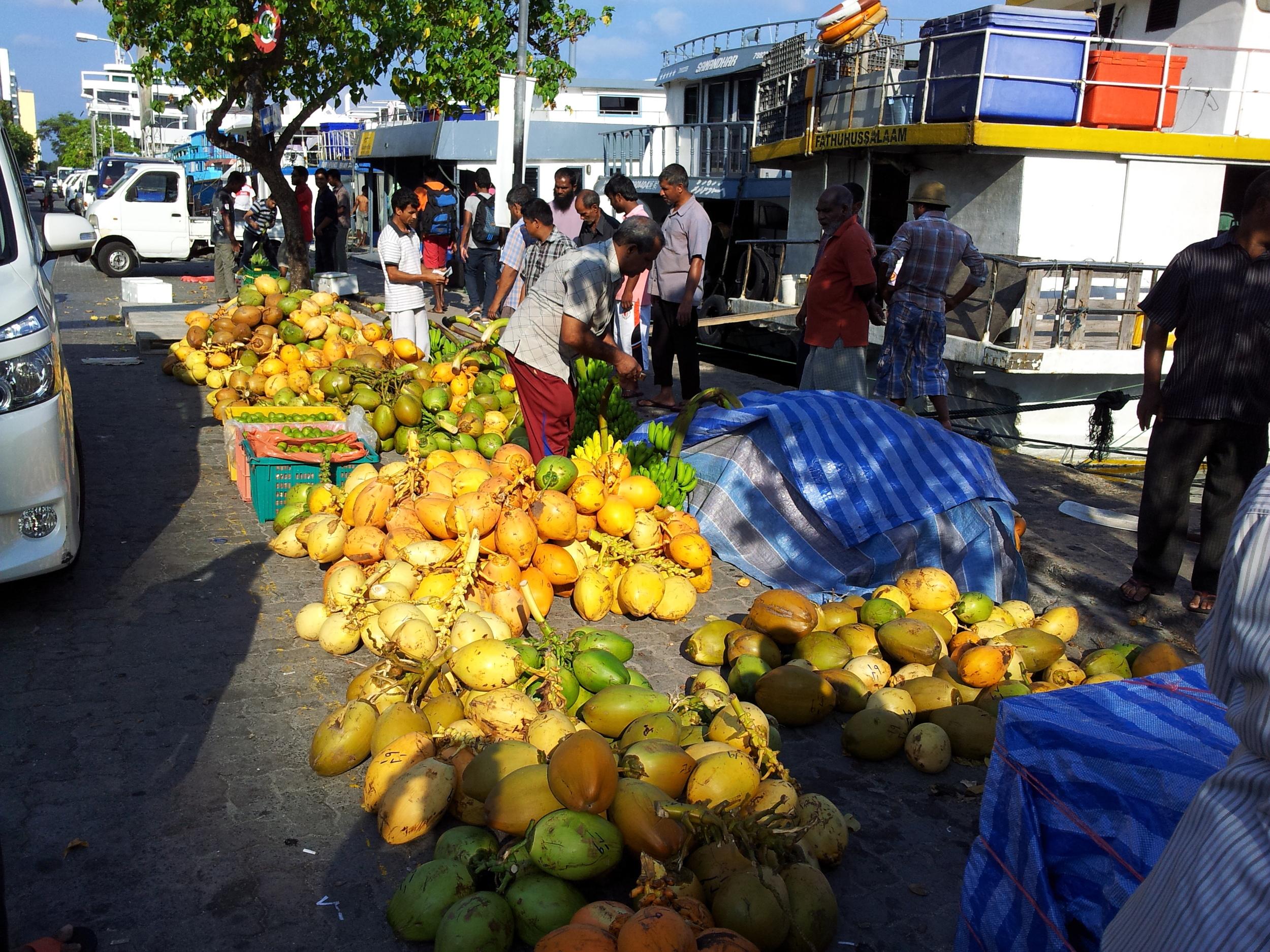 male market for jurumba.jpg