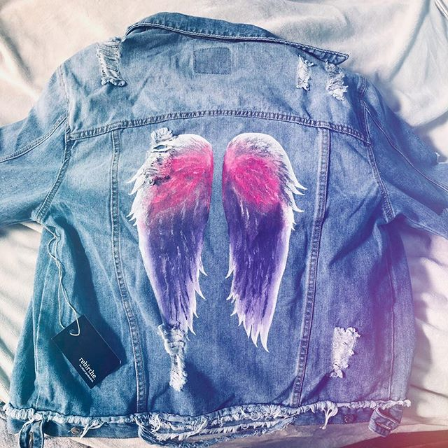 OMG! Look what arrived today 💞💖💞🦋😇! My wings.  This beautiful Angel wings jacket was made by the amazing @adampodsednik 💖! I have always wanted wings tattooed on my back and due to health reasons have not been able to do so. This is the next best thing. Thank you so much💞🙏💞💖🦋😇 !  Also a big thank you @drjeffreyrutstein ❤️ you know my love language 😘! #angelwings #angelseverywhere #highvibes #spiritjunkies