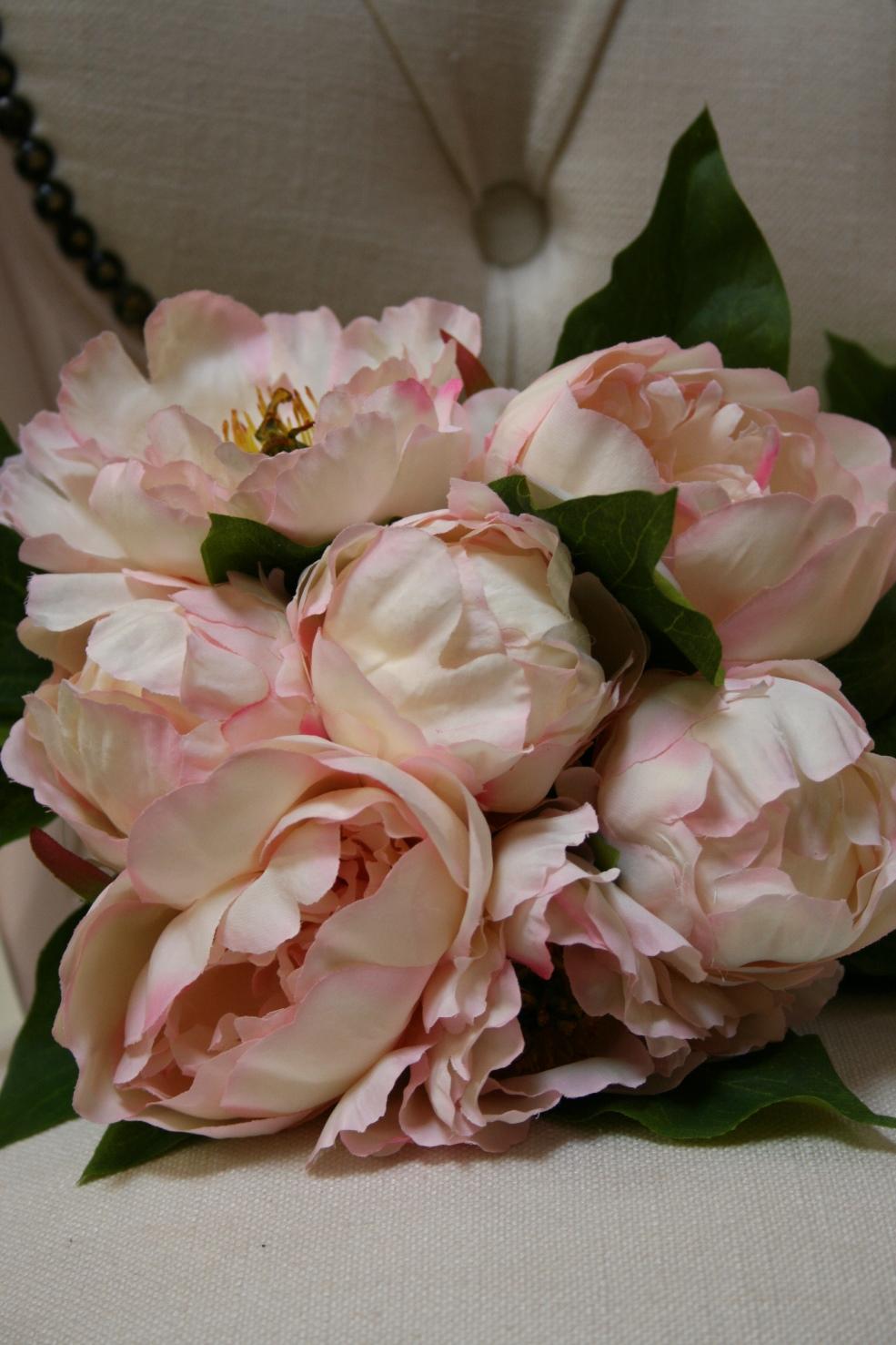 Handmade Flowers ( Bunch ) €11.00