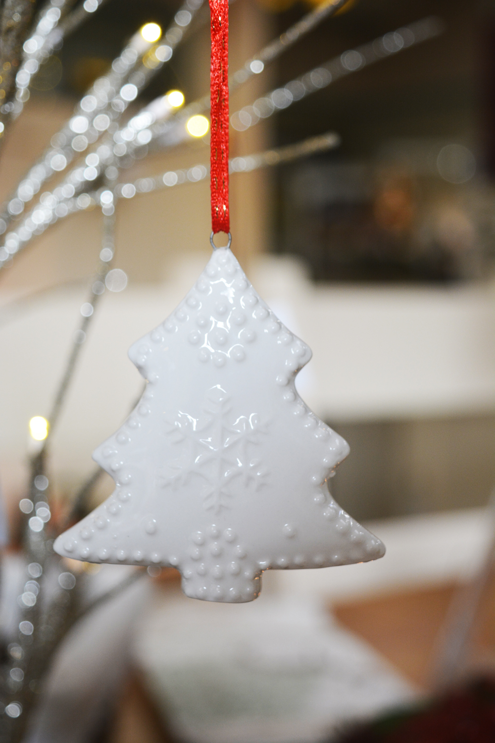 Ceramic Tree Decoration  €2.70
