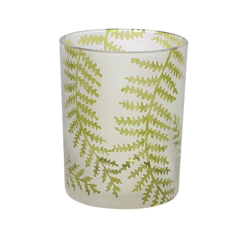 Green Fern Leaf Tea Light Holder  €9.00  Product Code: CHA1-XLS-287