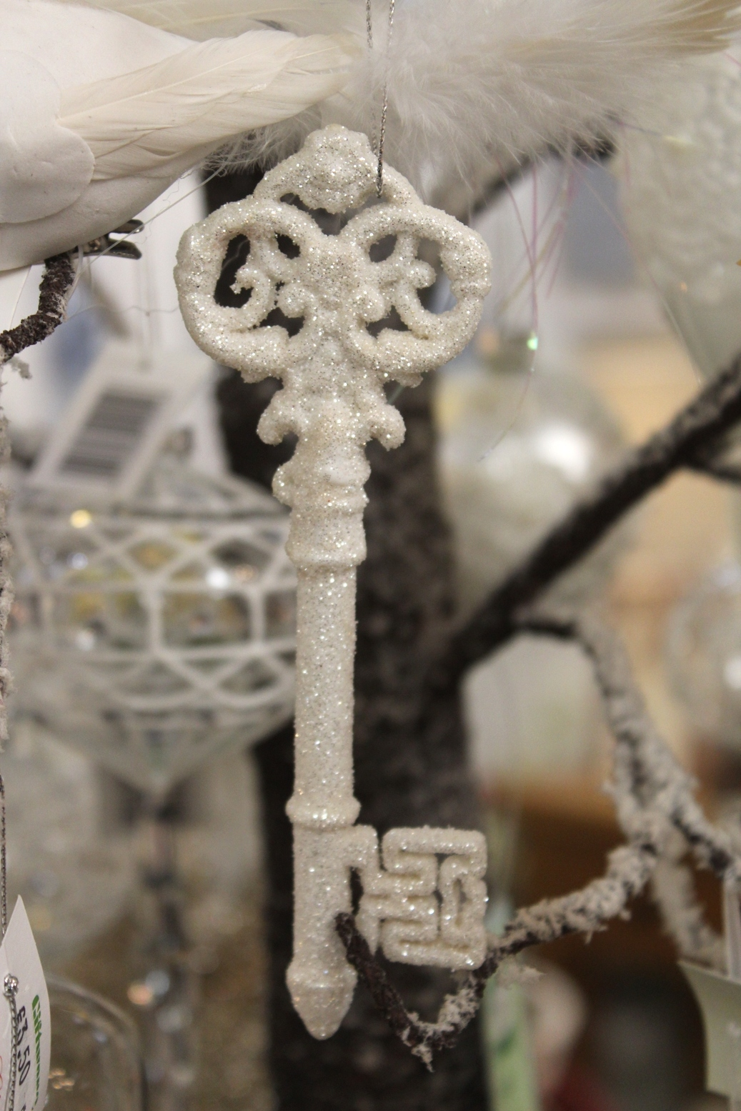 White Sparkle Key - €2.50