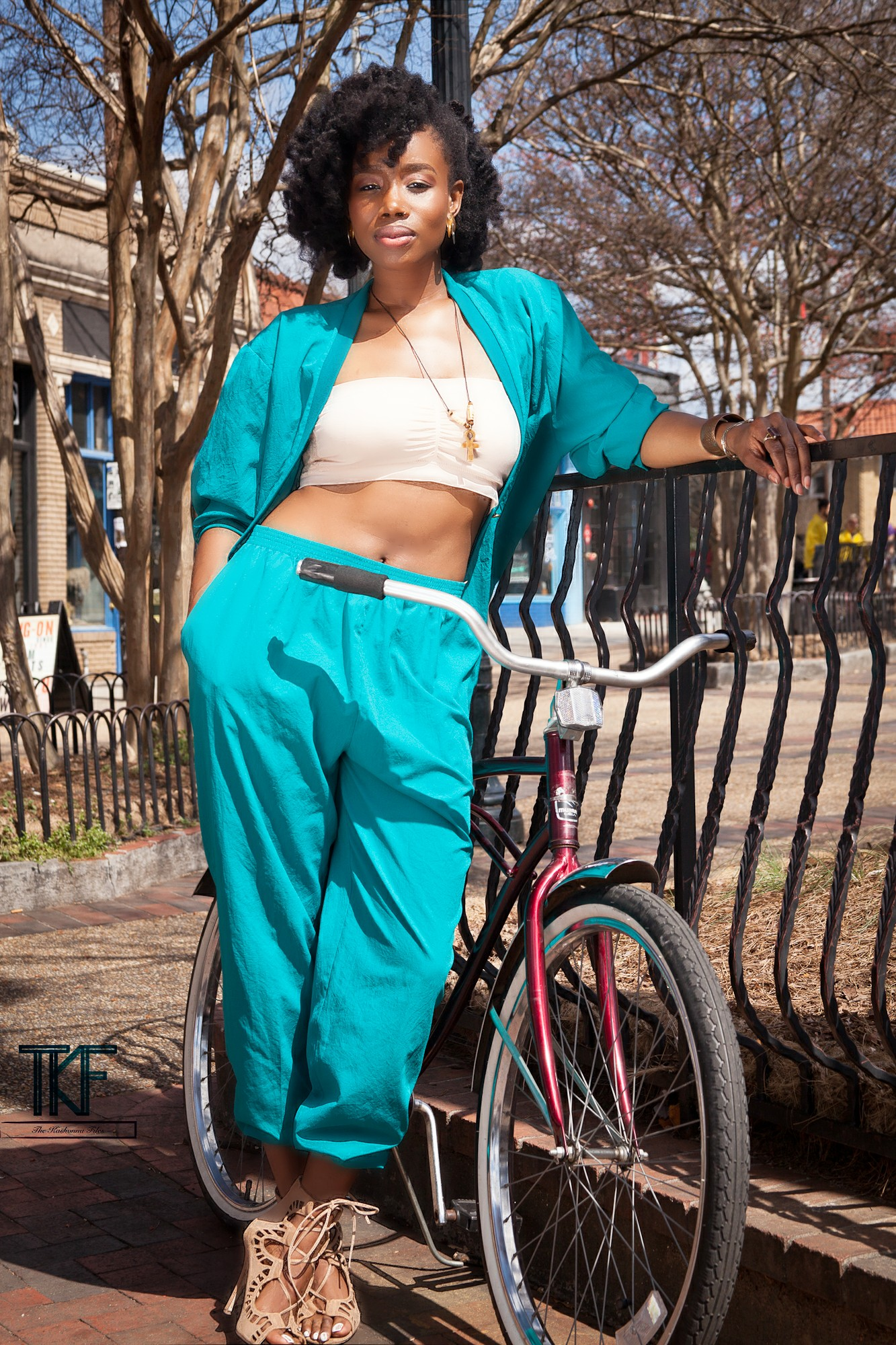photo-shoot-with-vintage-bike.jpg