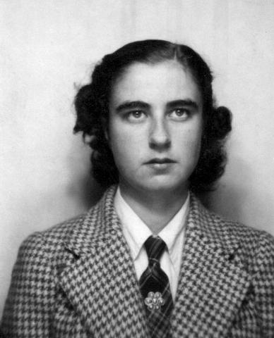 Geneviève Noufflard, from her wartime identity card. (Courtesy of Geneviève Noufflard)