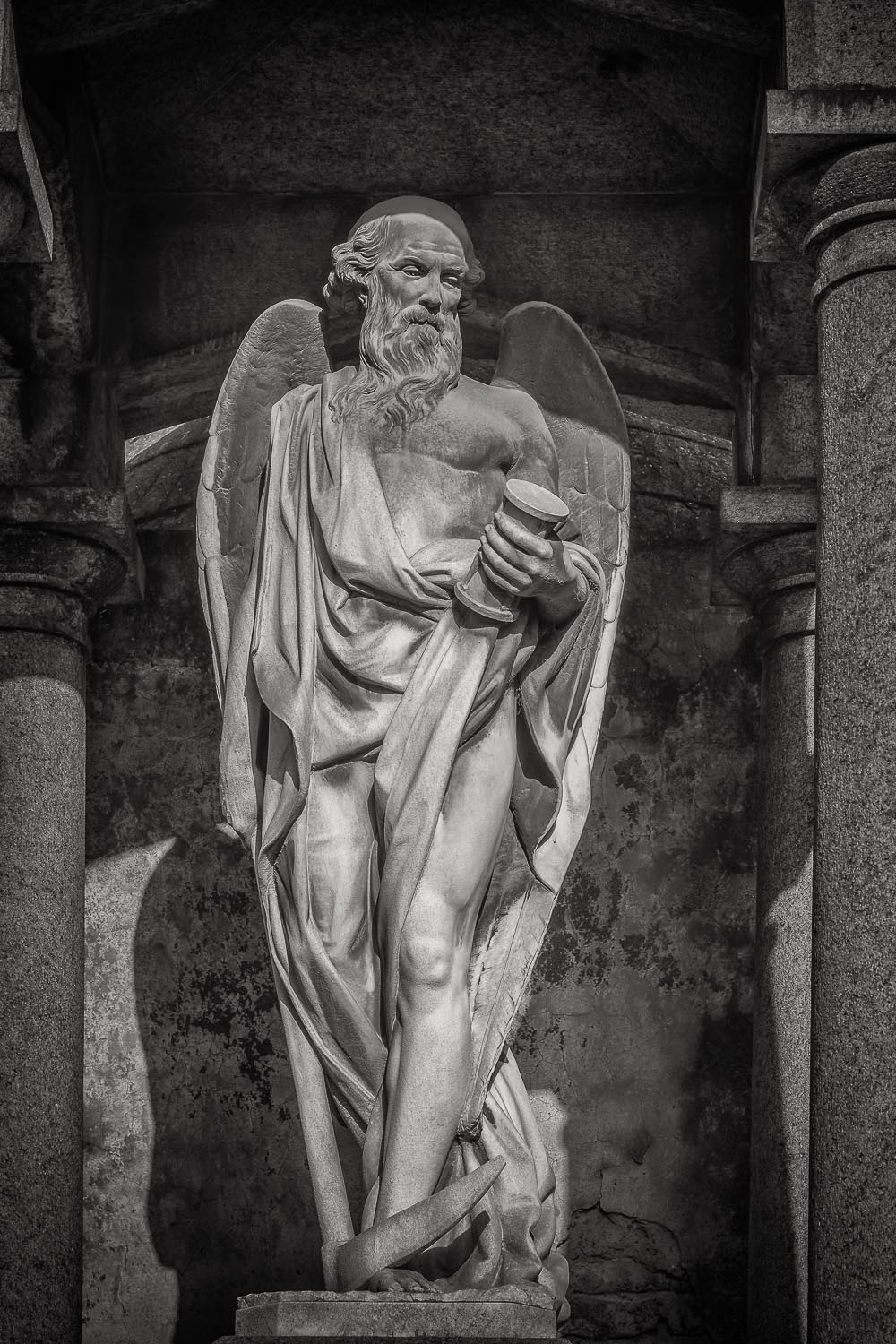 Angel and Hour Glass, La Recoleta Cemetery, Buenos Aires, Argent