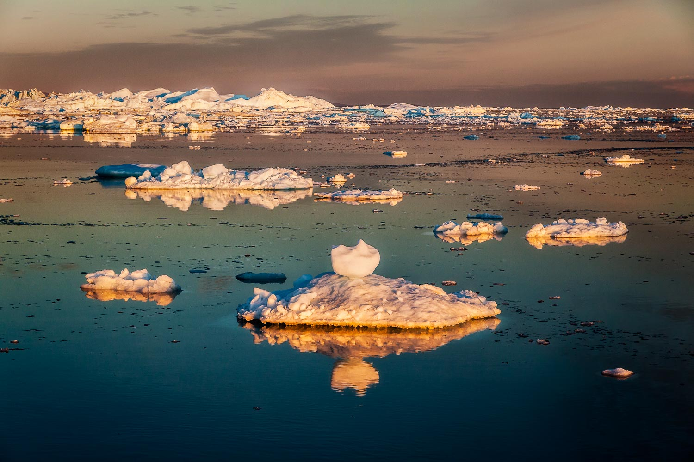 Midnight Sun, Ilulissat Icefjord, Greenland