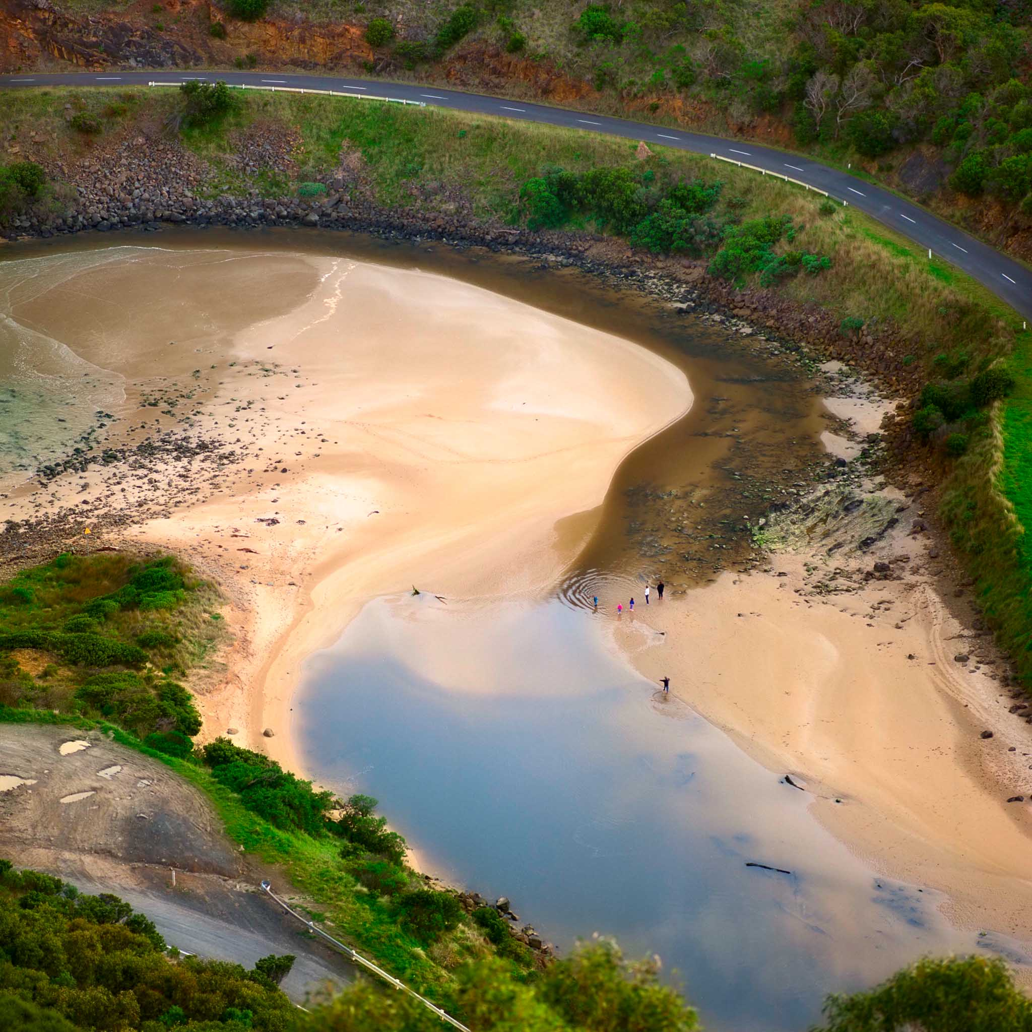 The view from    Teddy's Lookout    down onto the    St. George River   , just outside of    Lorne   , along Australia's    Great Ocean Road   .