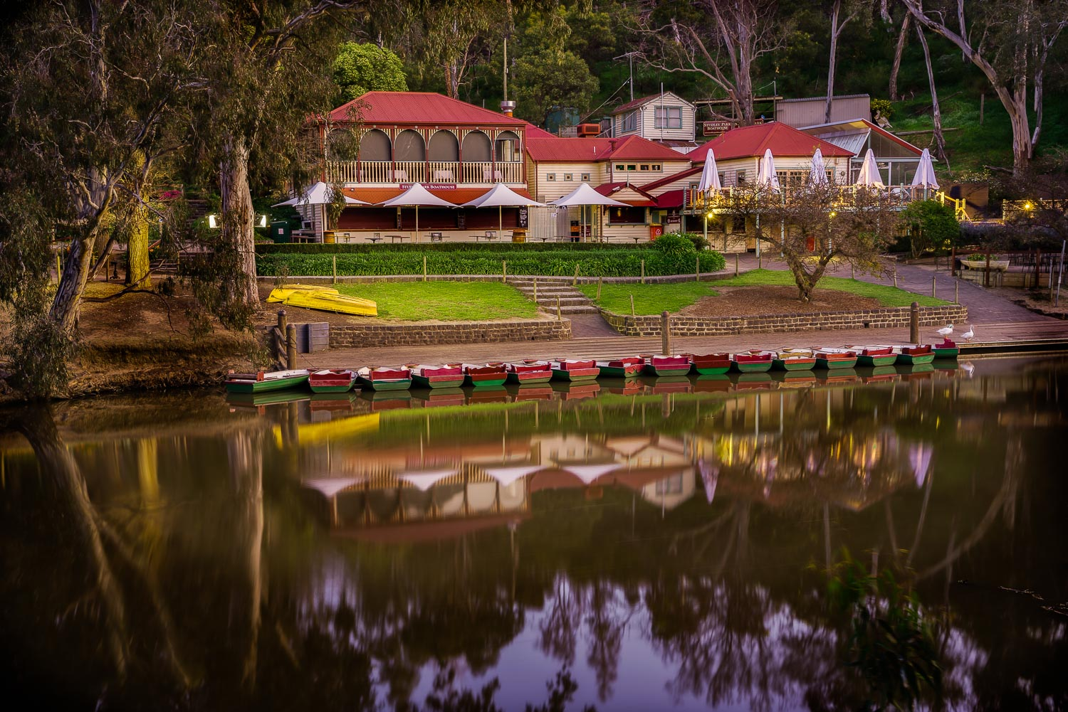 Days end at the lovely  Studley Park Boathouse  in  Kew , a suburb of Melbourne, Australia.