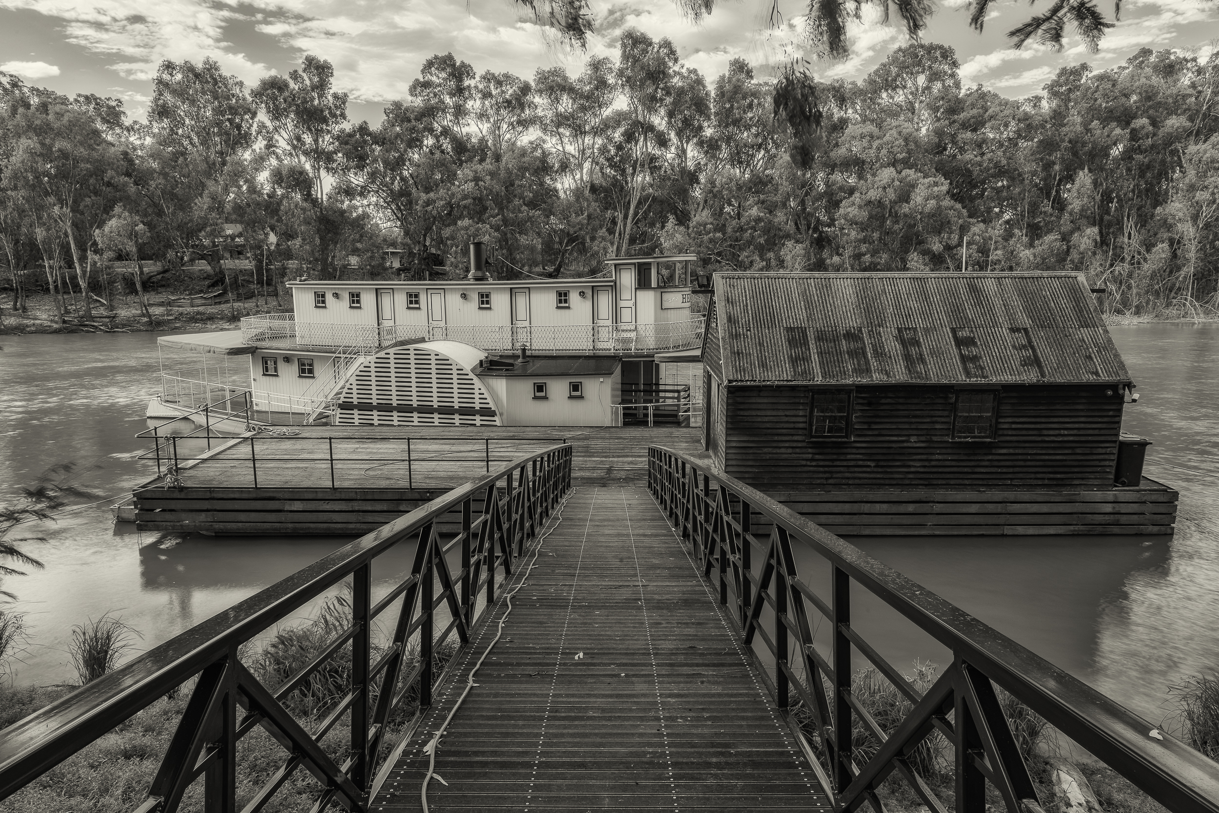 A  houseboat  moored by the  Murray River  near  Echuca, Australia .
