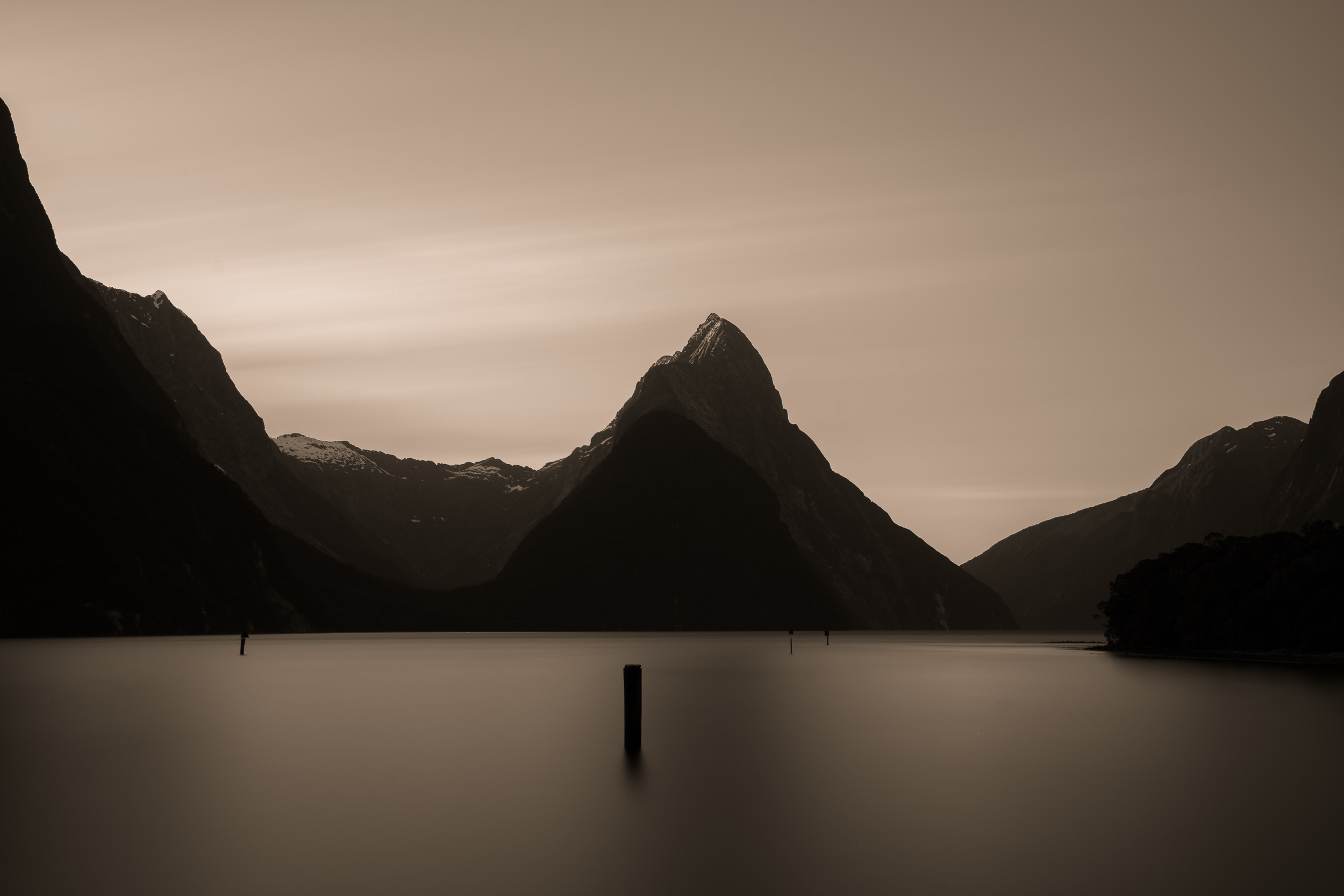 Tranquility and peace    awaits the visitor at the beautiful    Milford Sound    on the South Island of New Zealand.