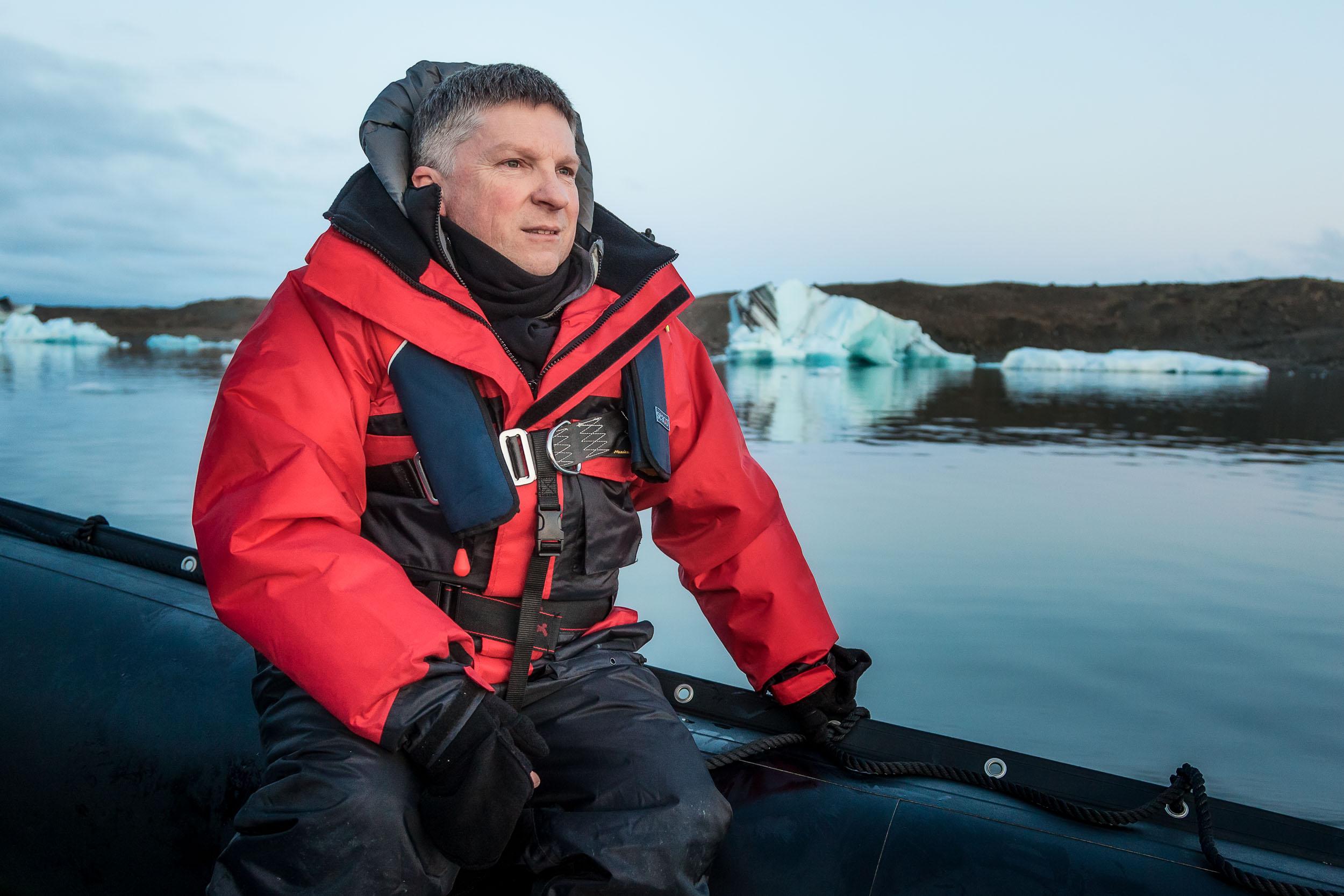 Glenn Guy   , the    Travel Photography Guru   , during a    midnight cruise    on    Jökulsárlón Lagoon   ,    Iceland  .