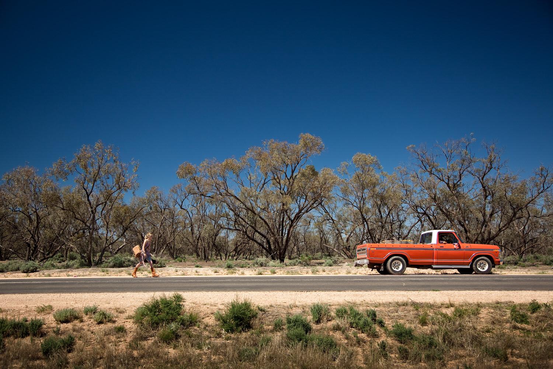 Rachael Taylor   , photoraphed    hitch-hiking    near Mildura, Australia.