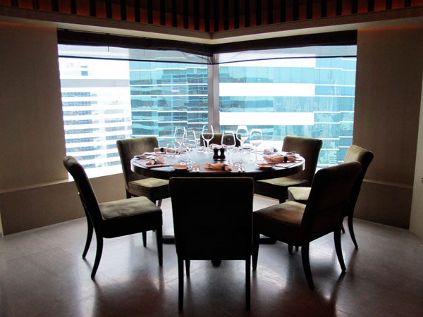 Upper-House-Hong-Kong-Dining-Room