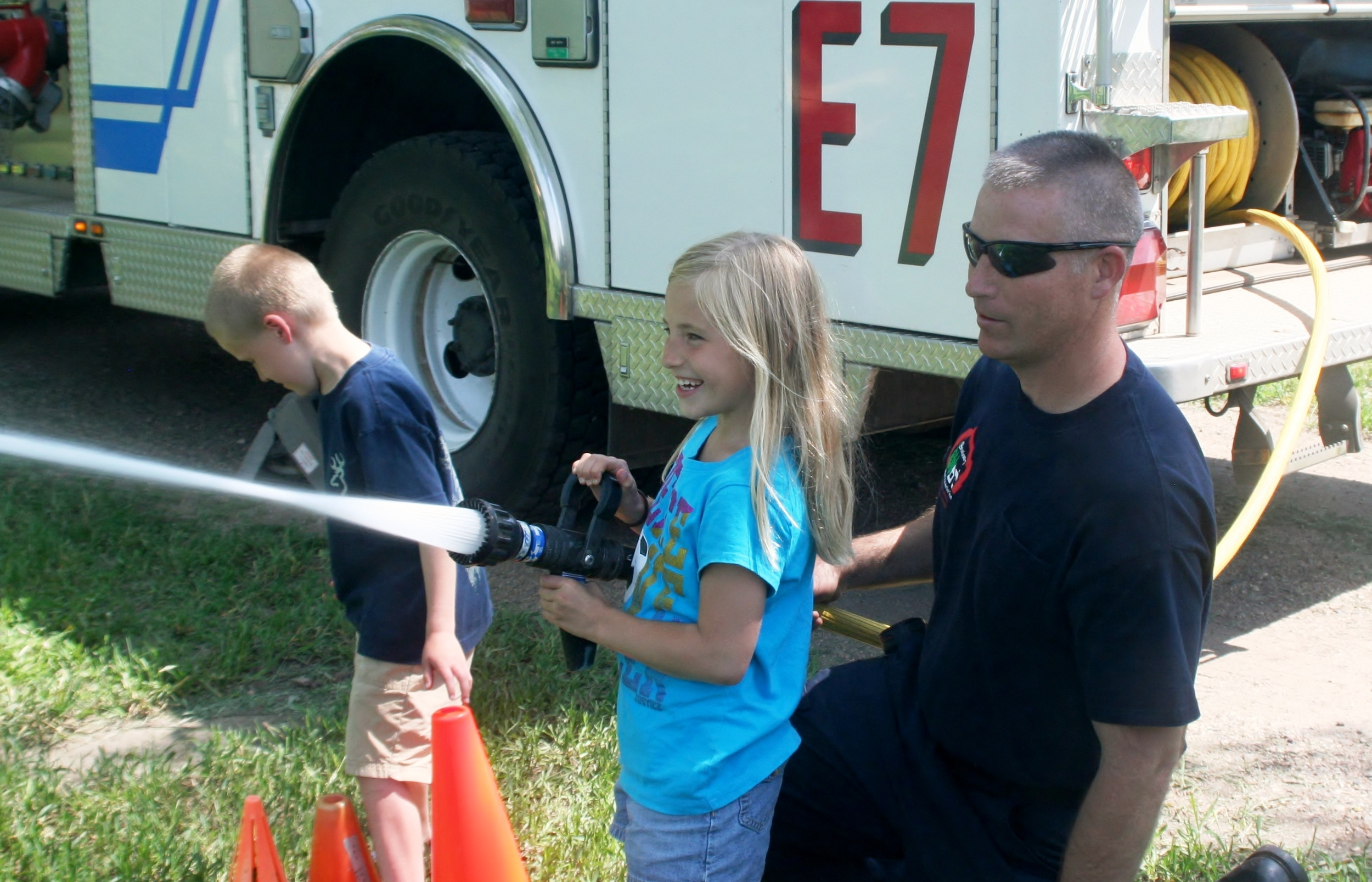 Big Splash Fire hose 2011.jpg