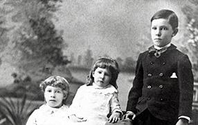 Franklin Avery's children: Ethel, Mettie, Edgar, ca. 1887