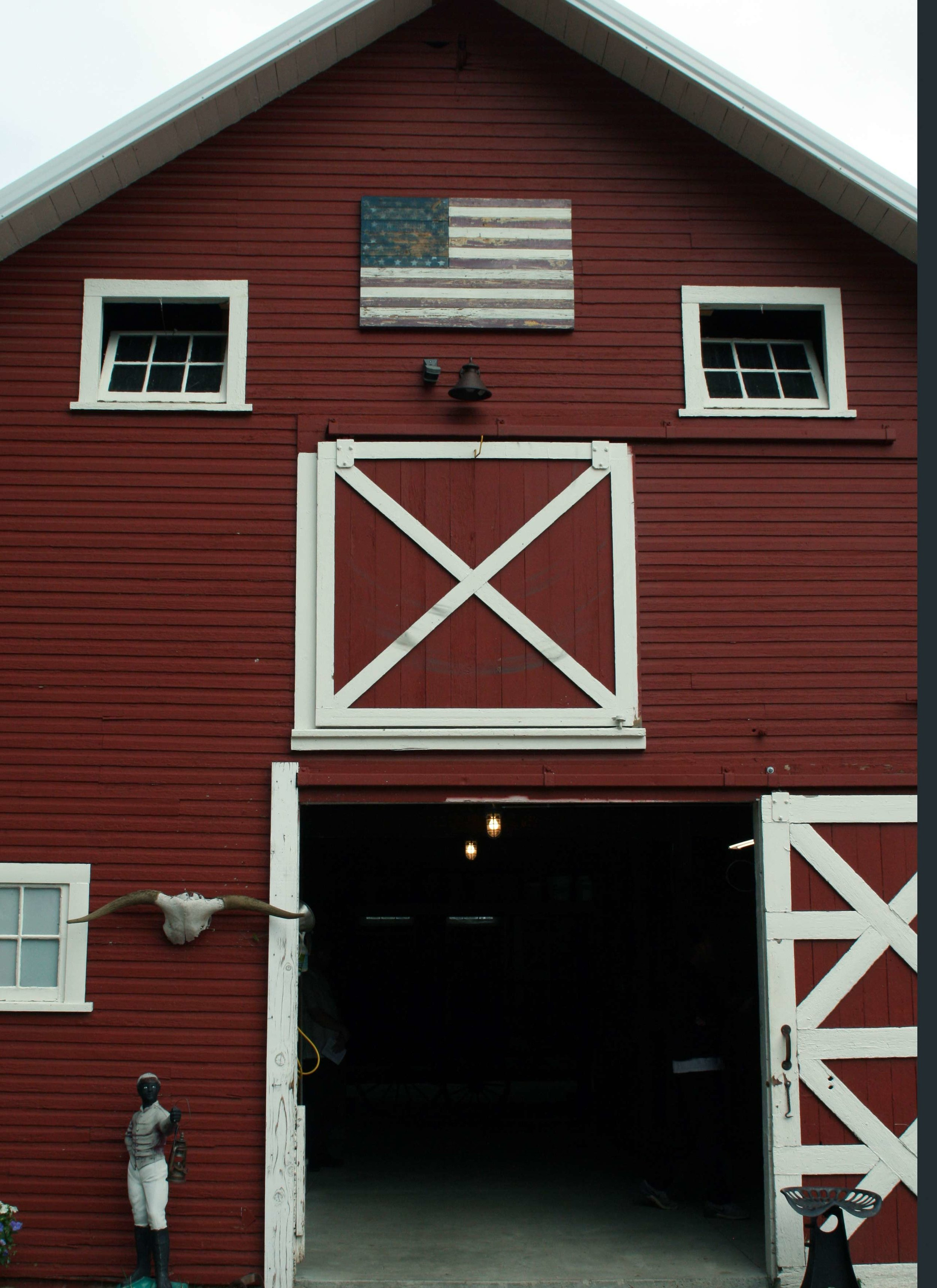 The 1911 barn at the featured farm property on Overland Trail