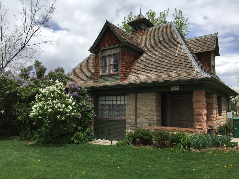 The Carriage House sits behind the Avery House and was built in 1904 to replace the wooden barn that had stood there since 1878. The Carriage House has the same style and detail of construction as the Avery House. The sandstone walls, slope of the roof, dormers, and exterior wood elements all mirror the main house.
