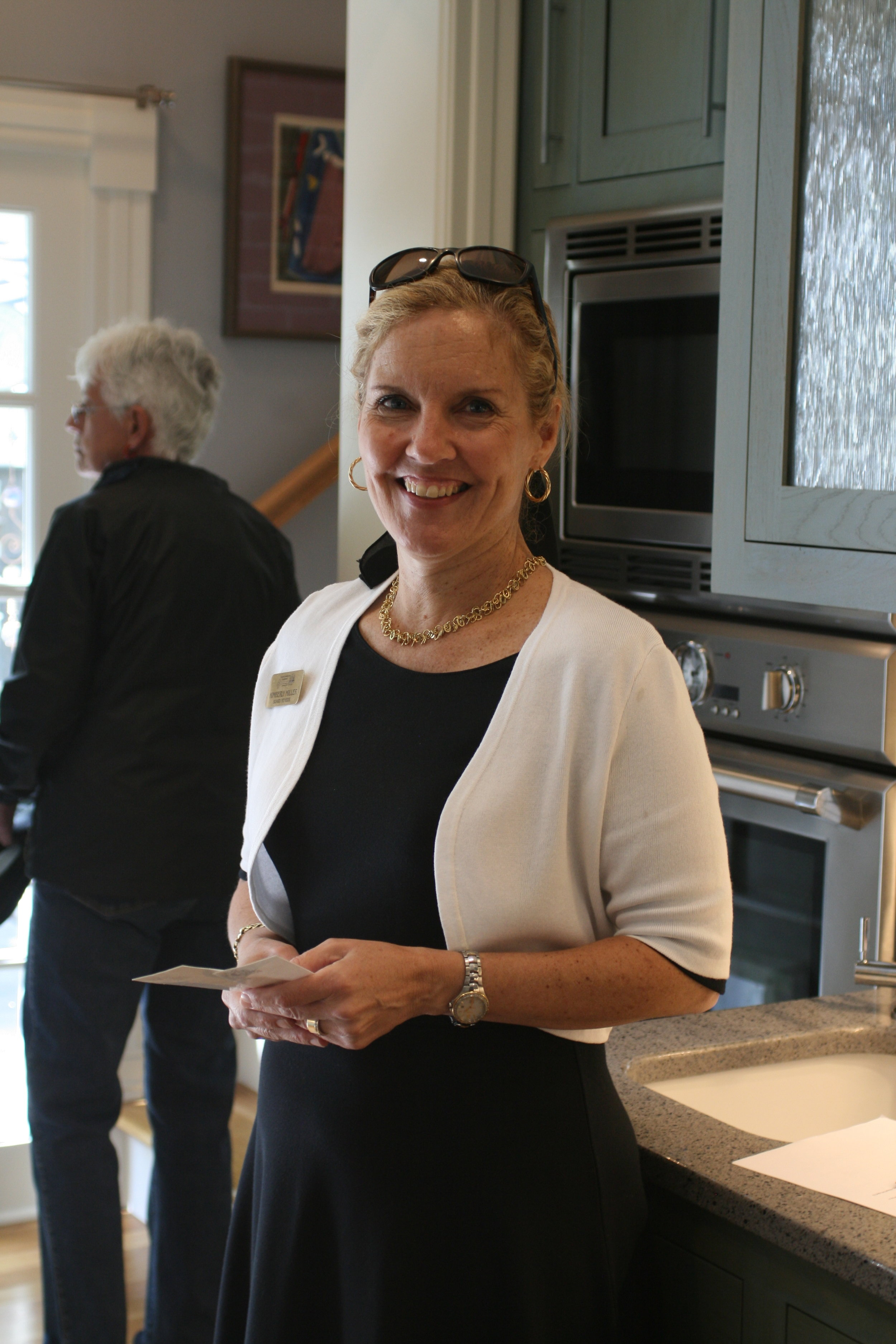 One of our dedicated volunteers at the Historic Homes Tour