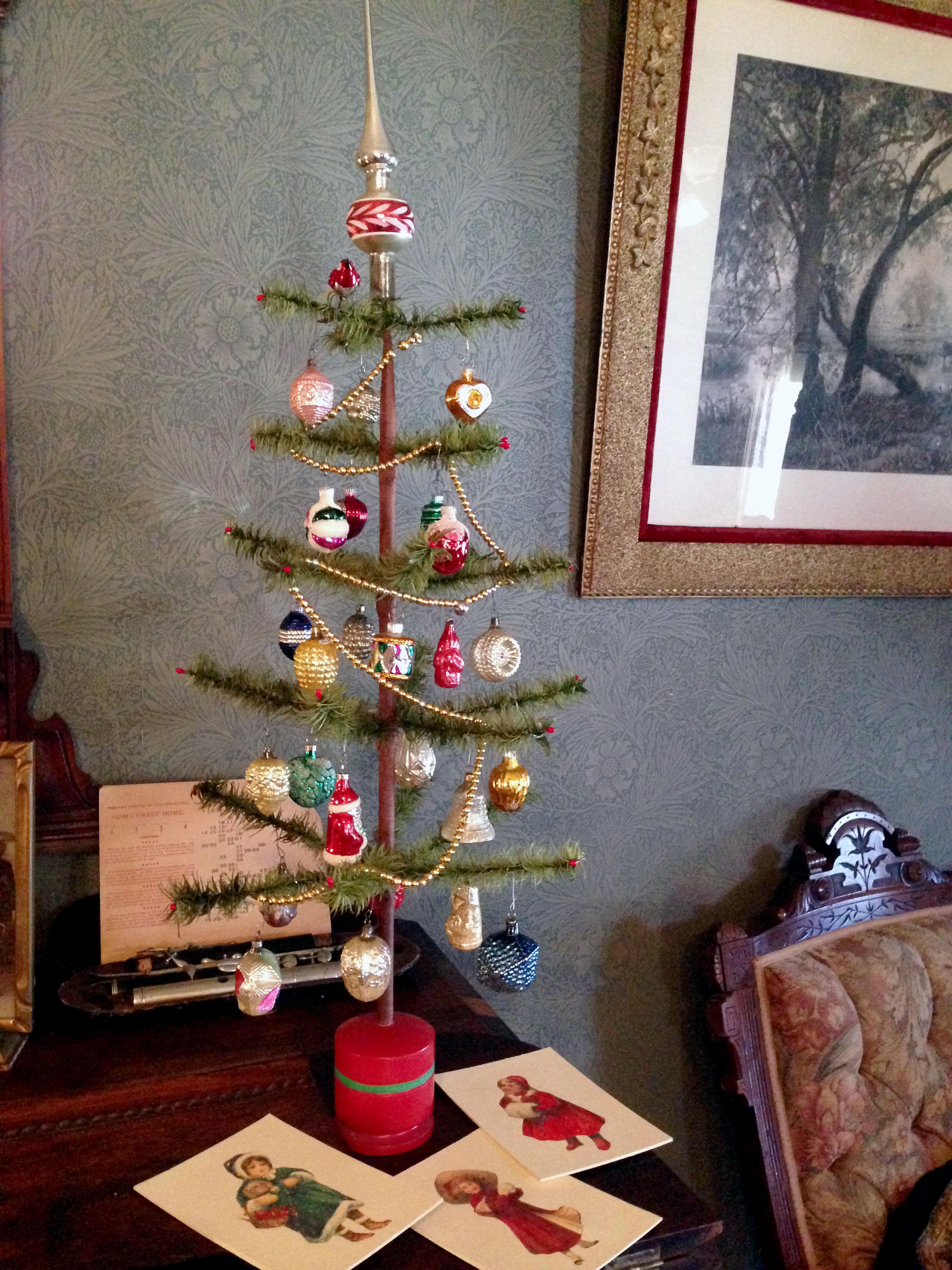 victorian-christmas-tree.jpg