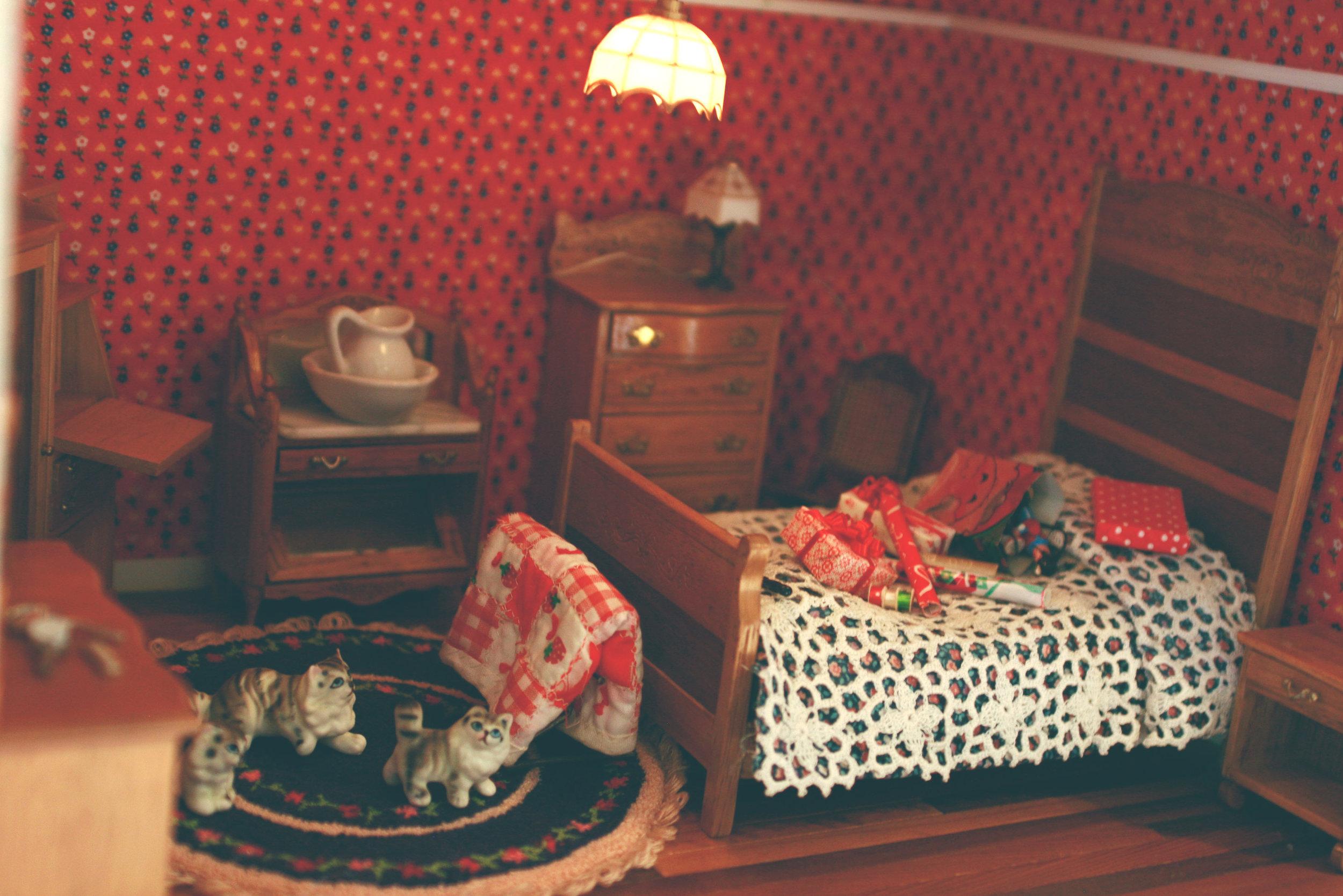dollhouse4.jpg
