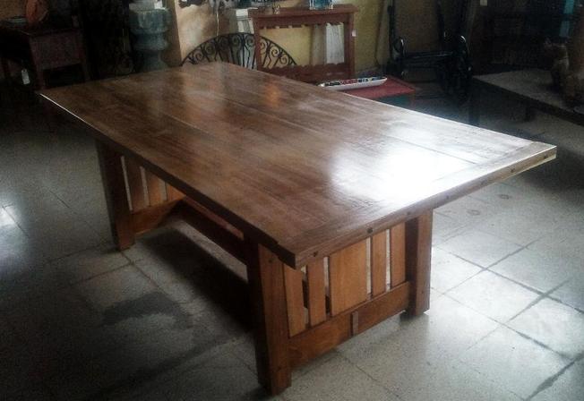 Blonde Mahogany Dining table