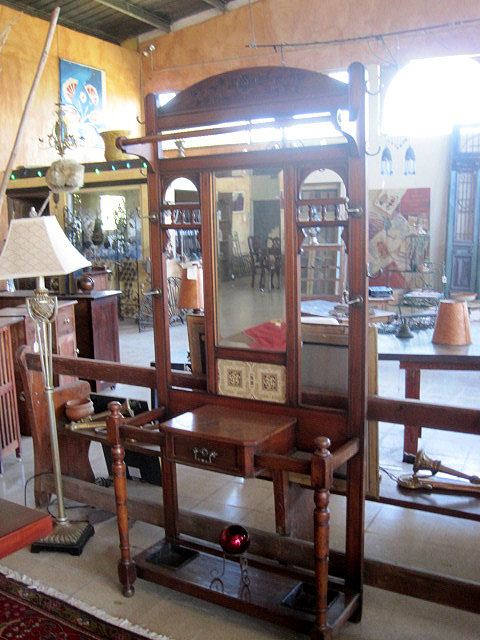 Gorgeous Vintage Oak Hallstand