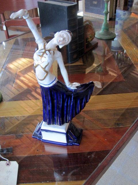 Deco figurine