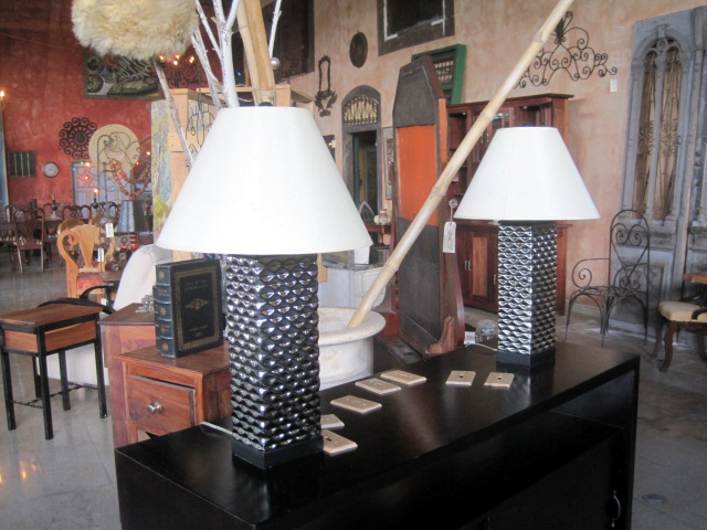 2 Modern Table Lamps