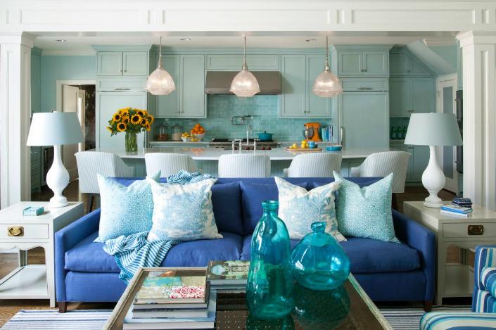 Tobi-Fairley_Crestwood-family-room-sofa.jpg