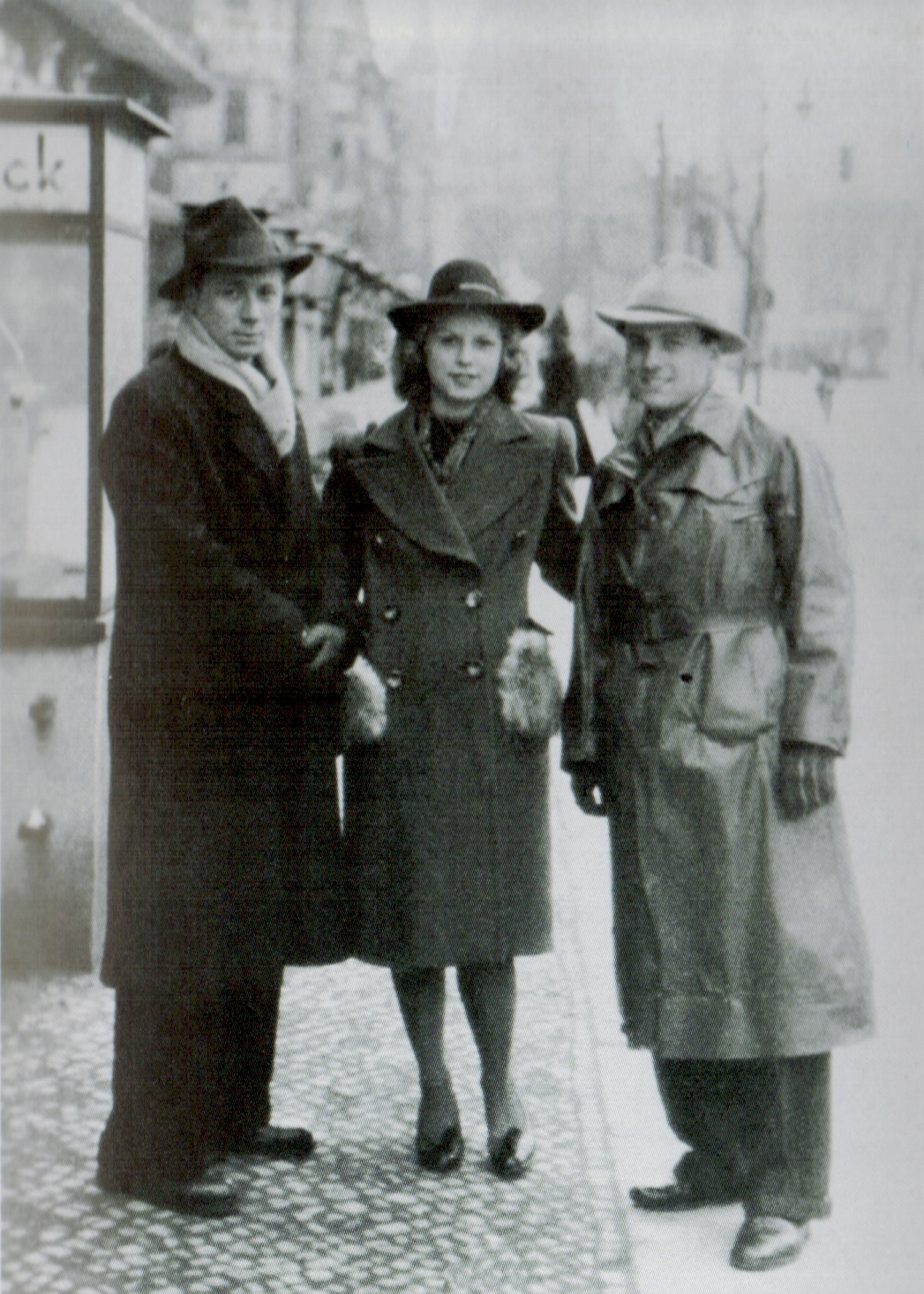 Stella Goldschlag with two fellow catchers