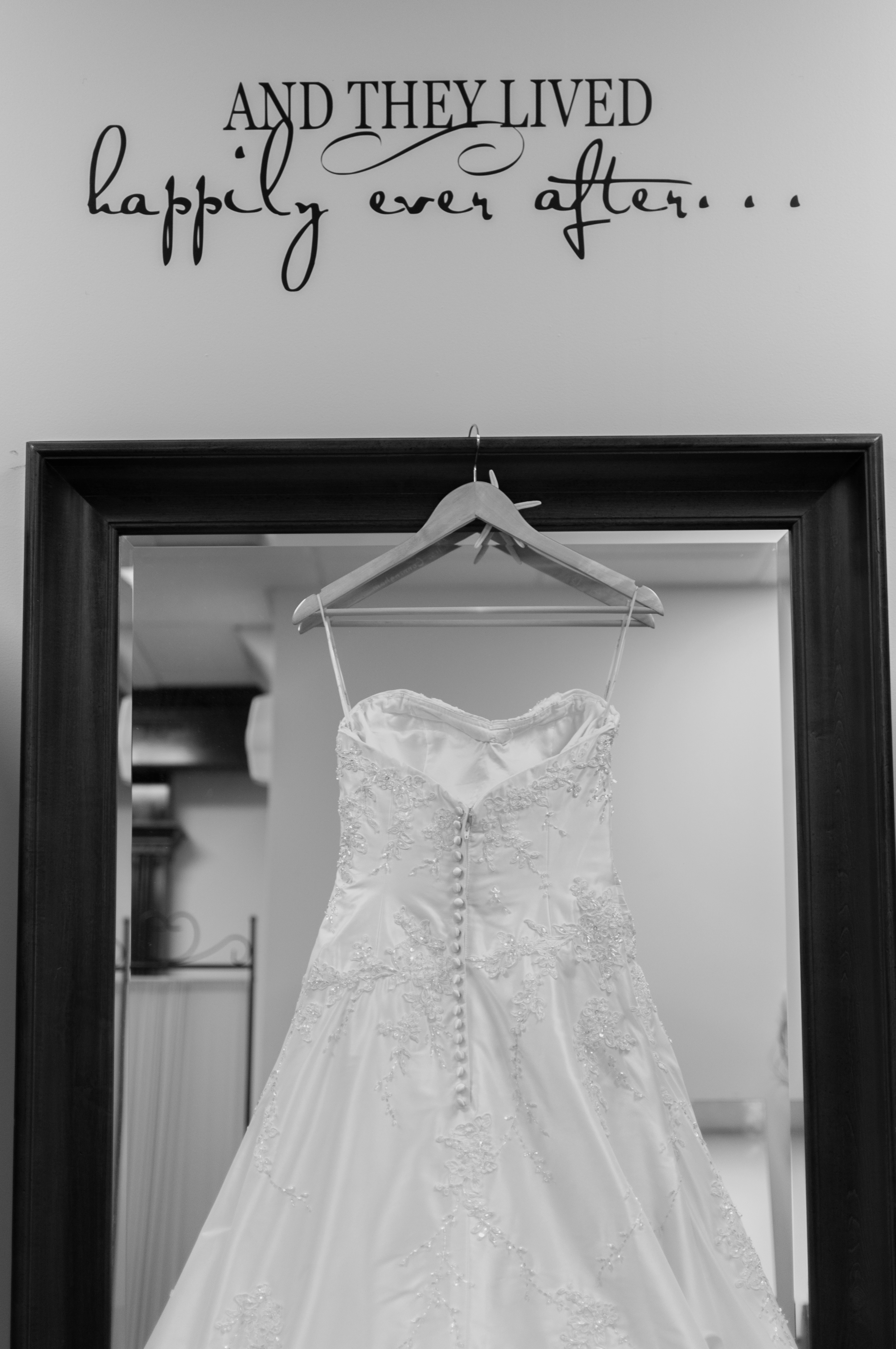 130915 - Nicole and Rob's Wedding-4.jpg