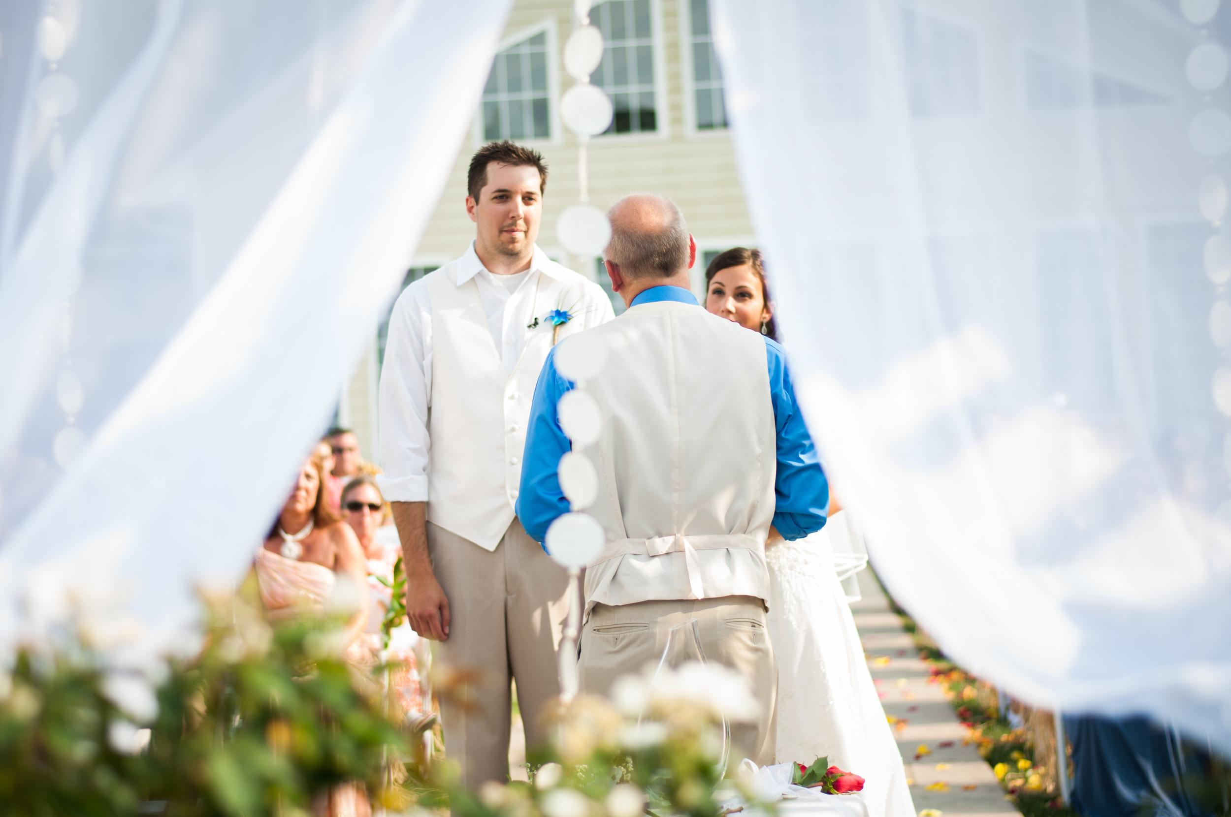 130915 - Nicole and Rob's Wedding-17.jpg