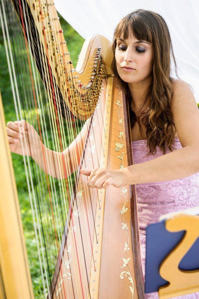 Emily & Her Harp @ Il Caffe Rifugio Restorante