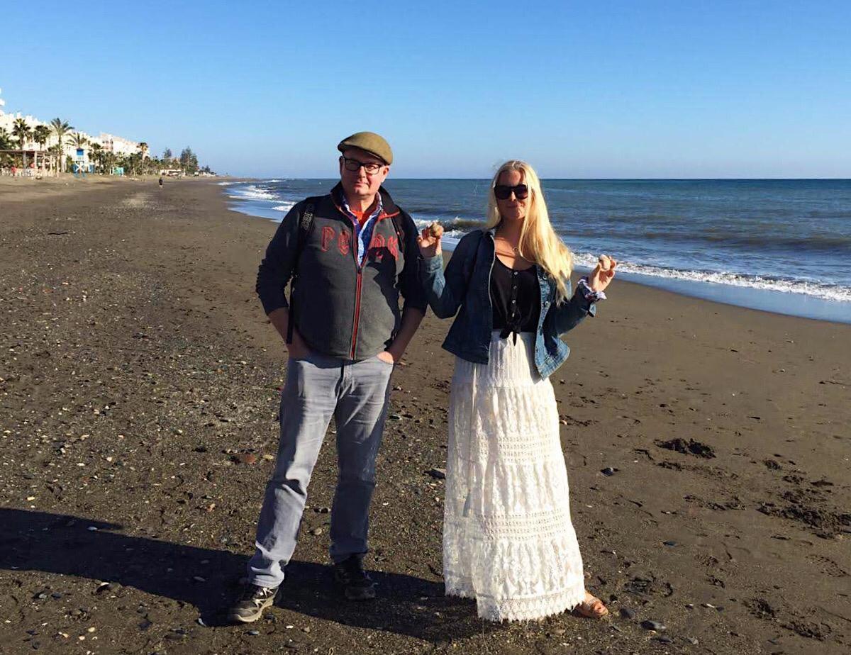 Jussi ja Siiri Victoria de la Rinconin rannalla, Malagasta itään.