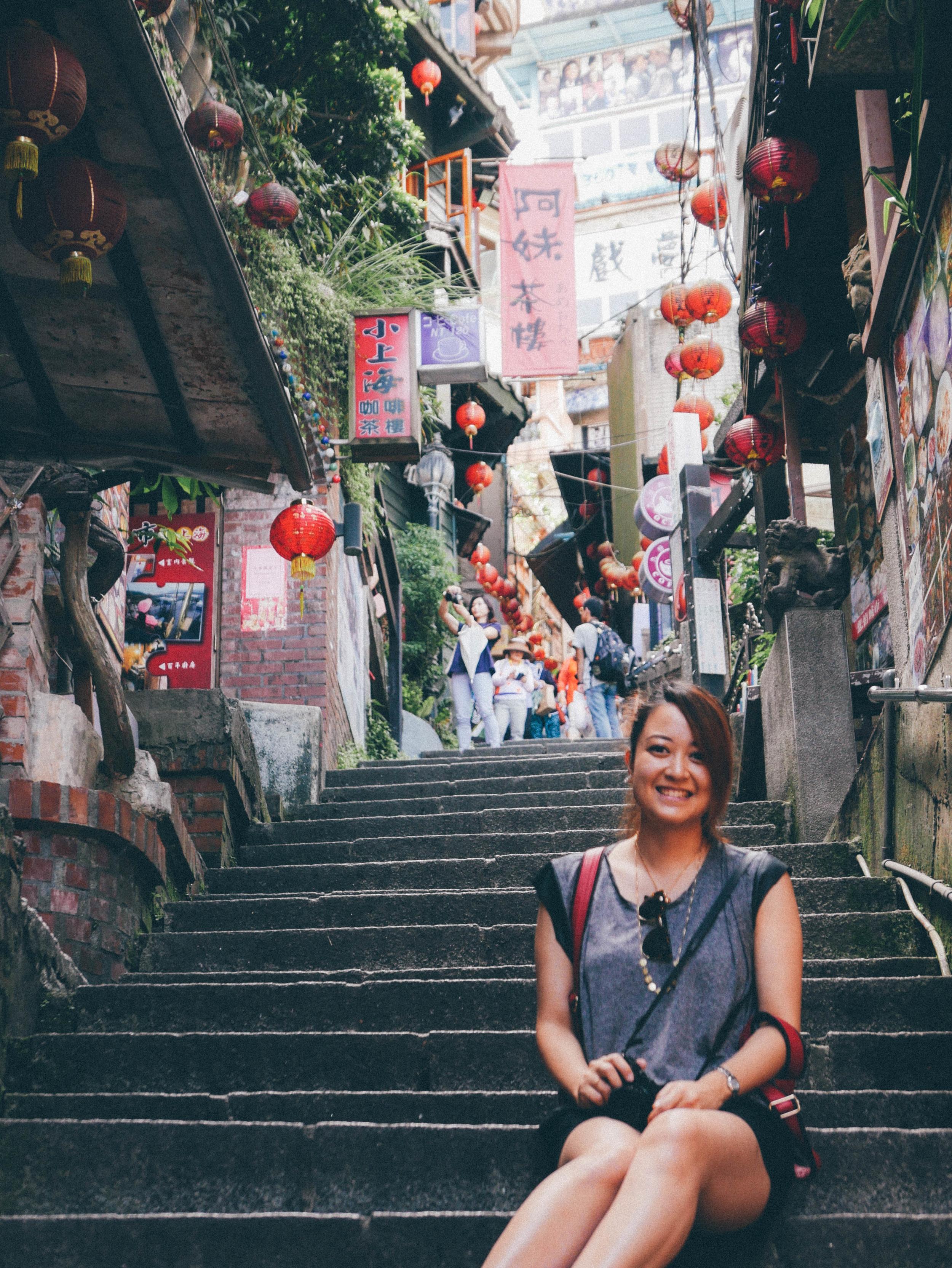 Old Street in Jiu Fen | blossomlink.me by @0oyukao0