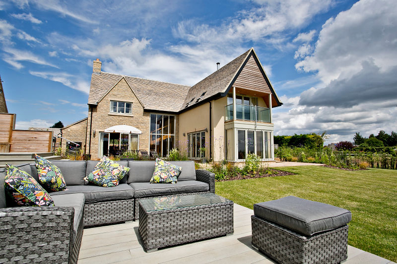 Click on the image to access a video of the finished house and garden in Long Hanborough