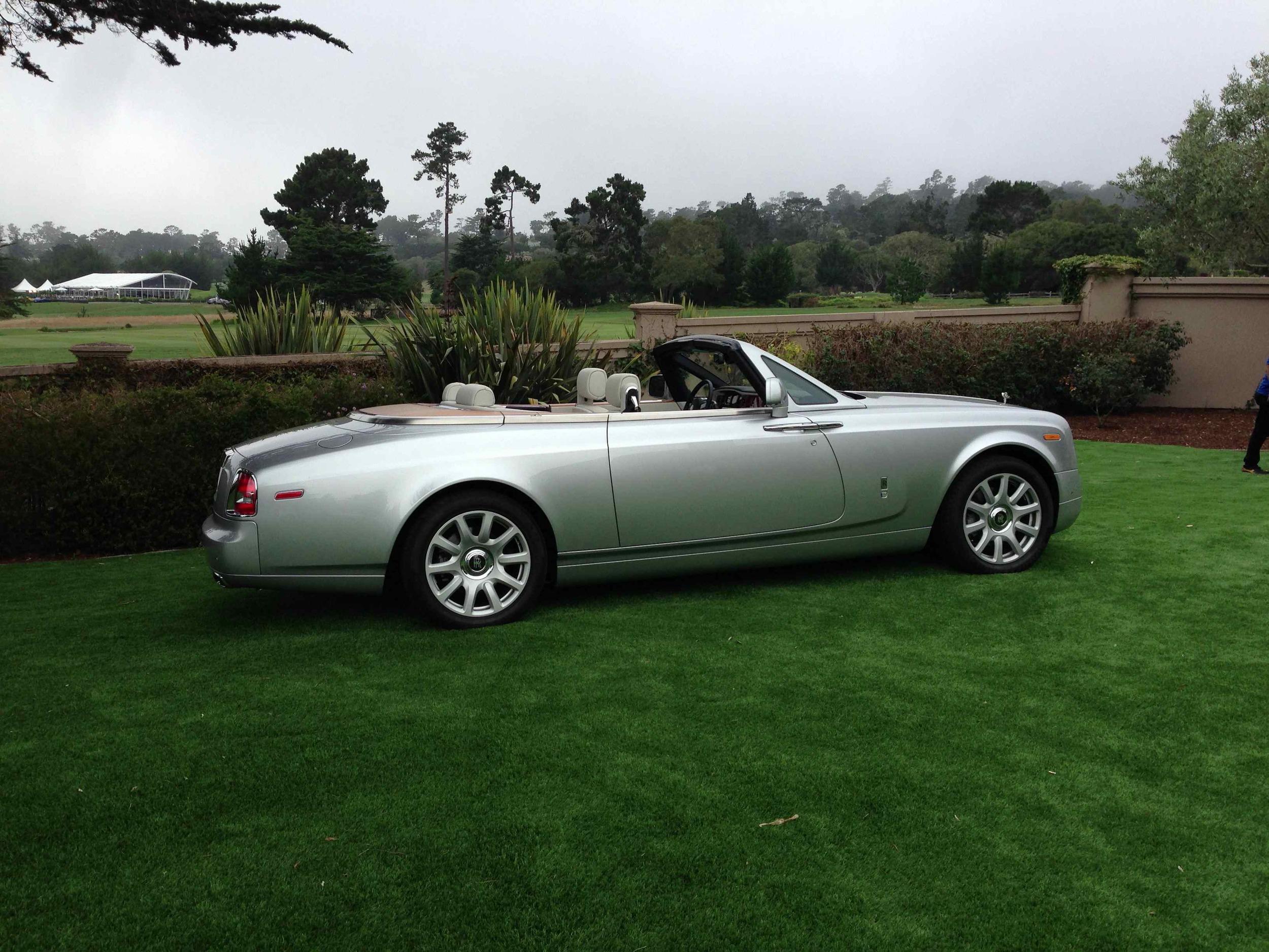 Automobile as apparition: Rolls-Royce Phantom Drophead Coupe