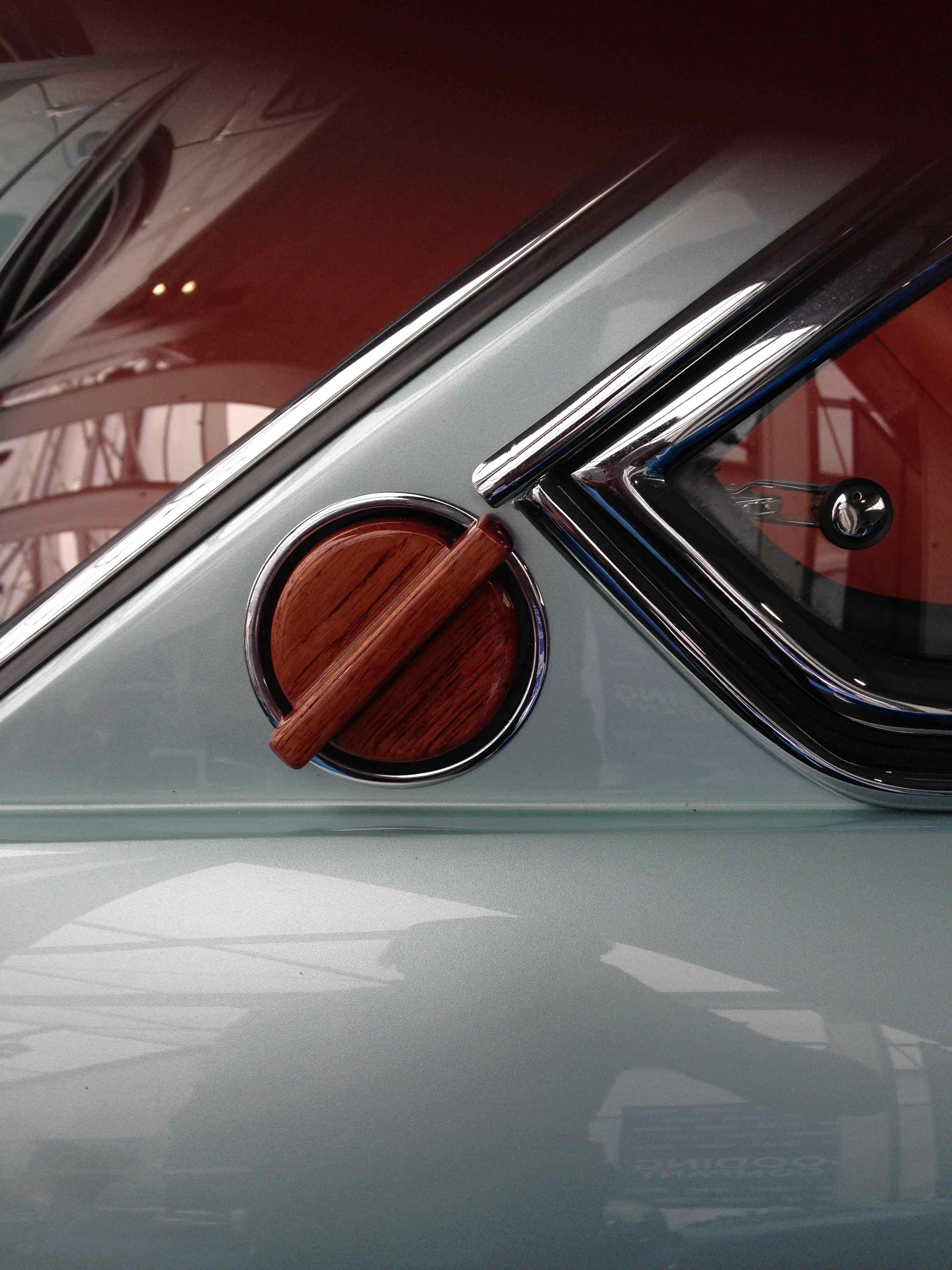 Ferruccio Lamborghini's Islero with unique wooden gas cap (at Gooding and Company)