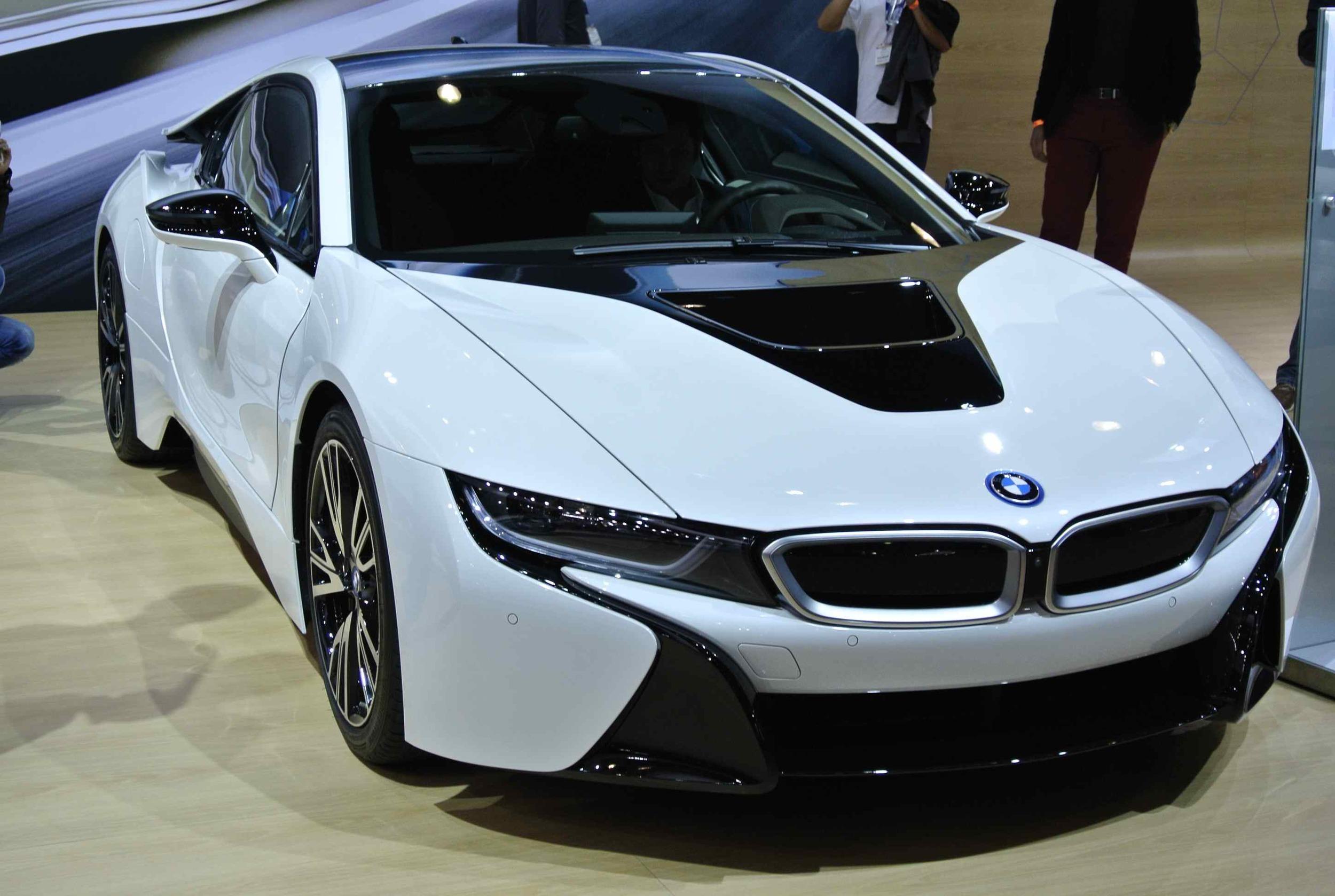 BMWi8Front341.jpg