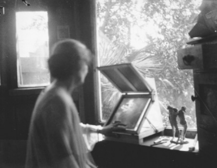 original_18-anne-brigman-at-a-retouching-easel-in-her-studio-ca-1915-anne-brigman-jpg-x540q100.jpg