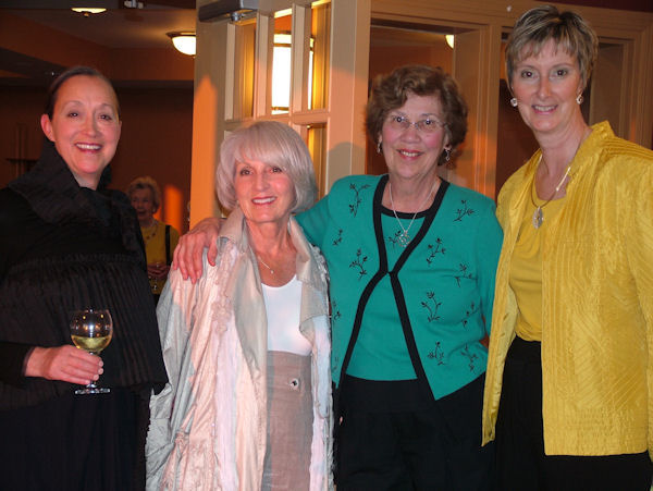2_Sisters_at_Elgin_Lodge_foursome[1].jpg