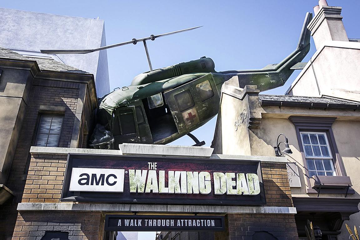 The Walking Dead chopper behind the scene