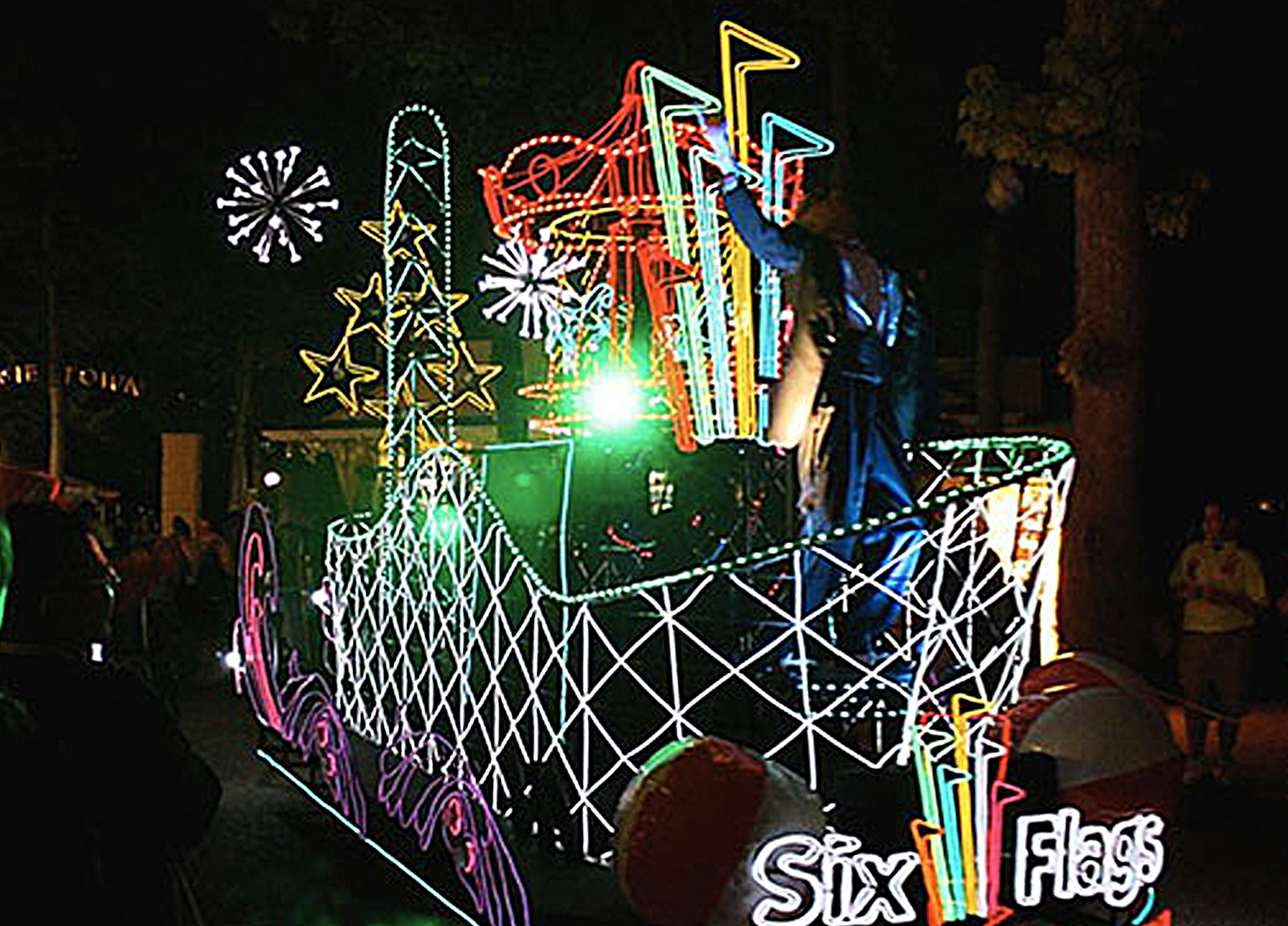 themed float-six flags 8.jpg