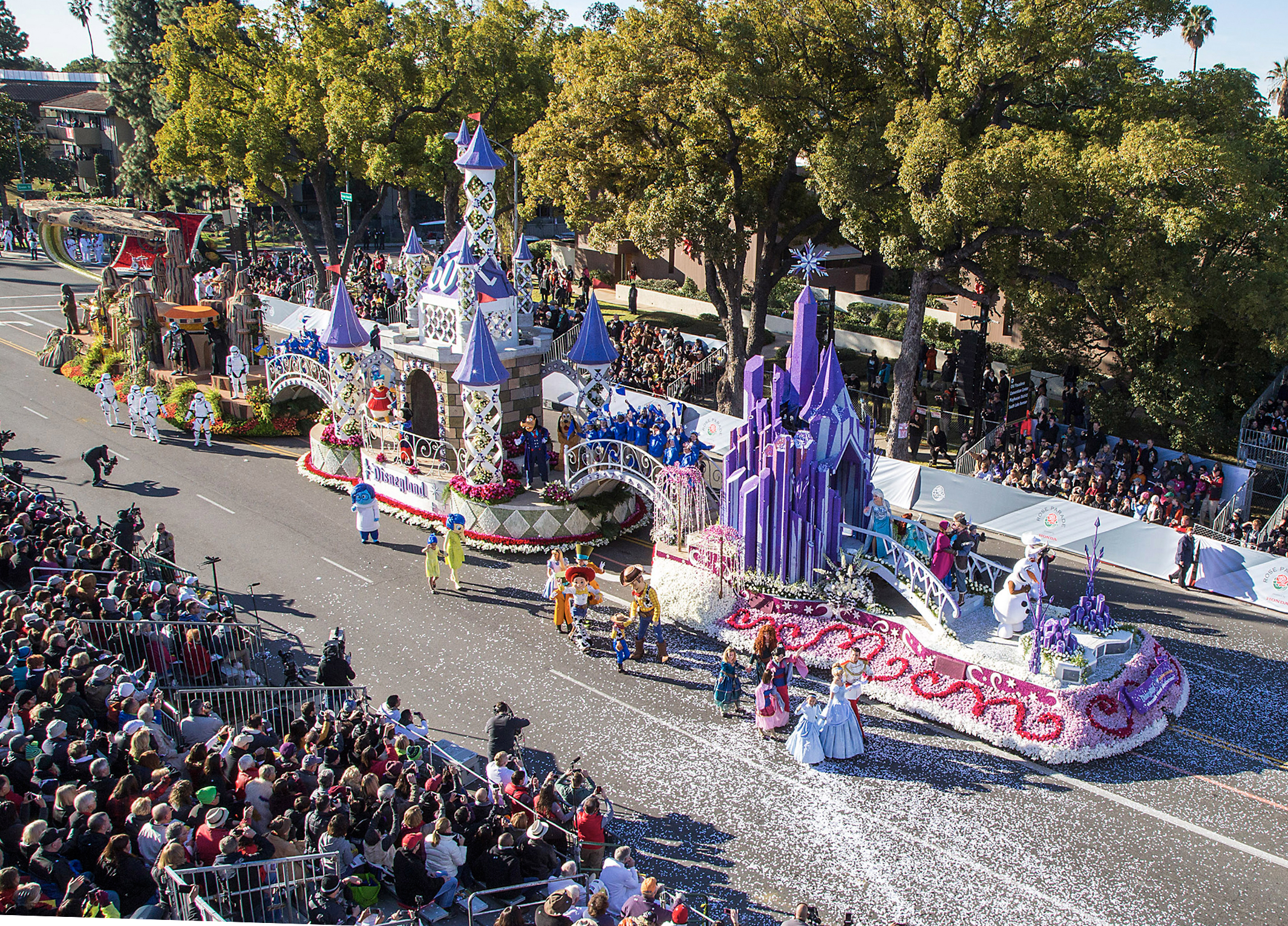 roseparade winning entries-Disney 60th-2.jpg