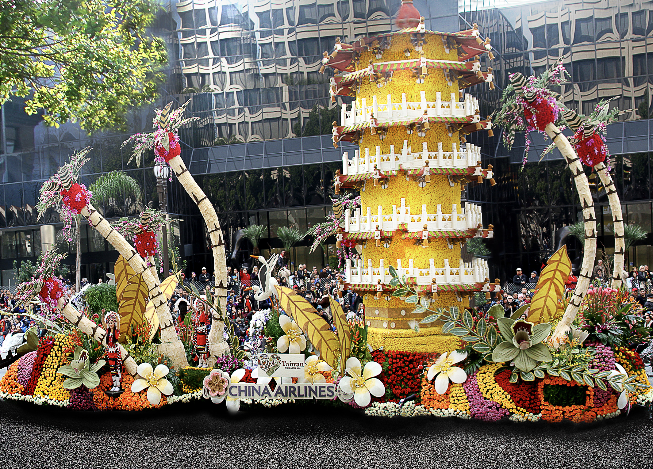 roseparade winning entries-china airline-pagoda 2.jpg