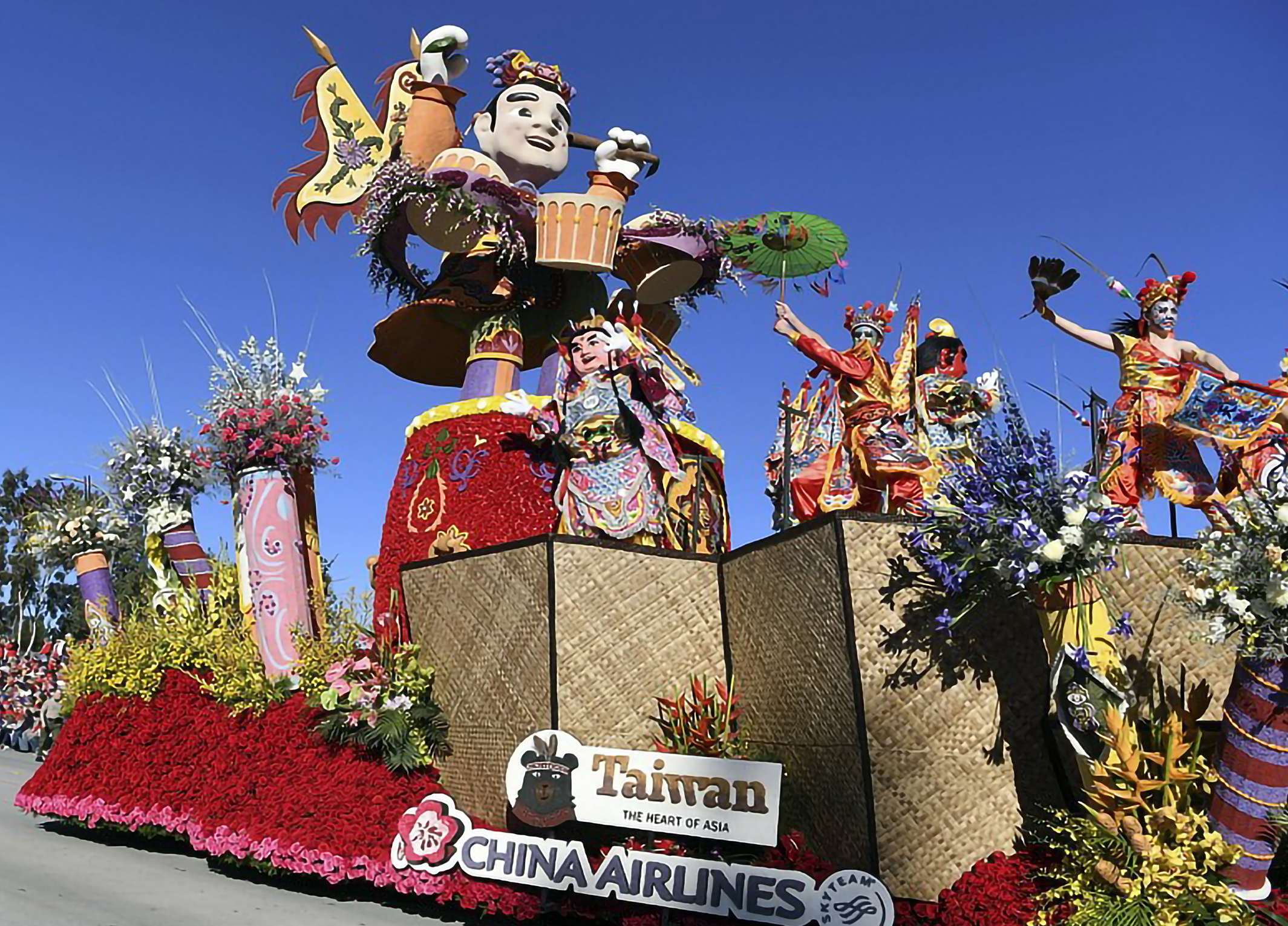 rose parade-china airlines_01 hires.jpg